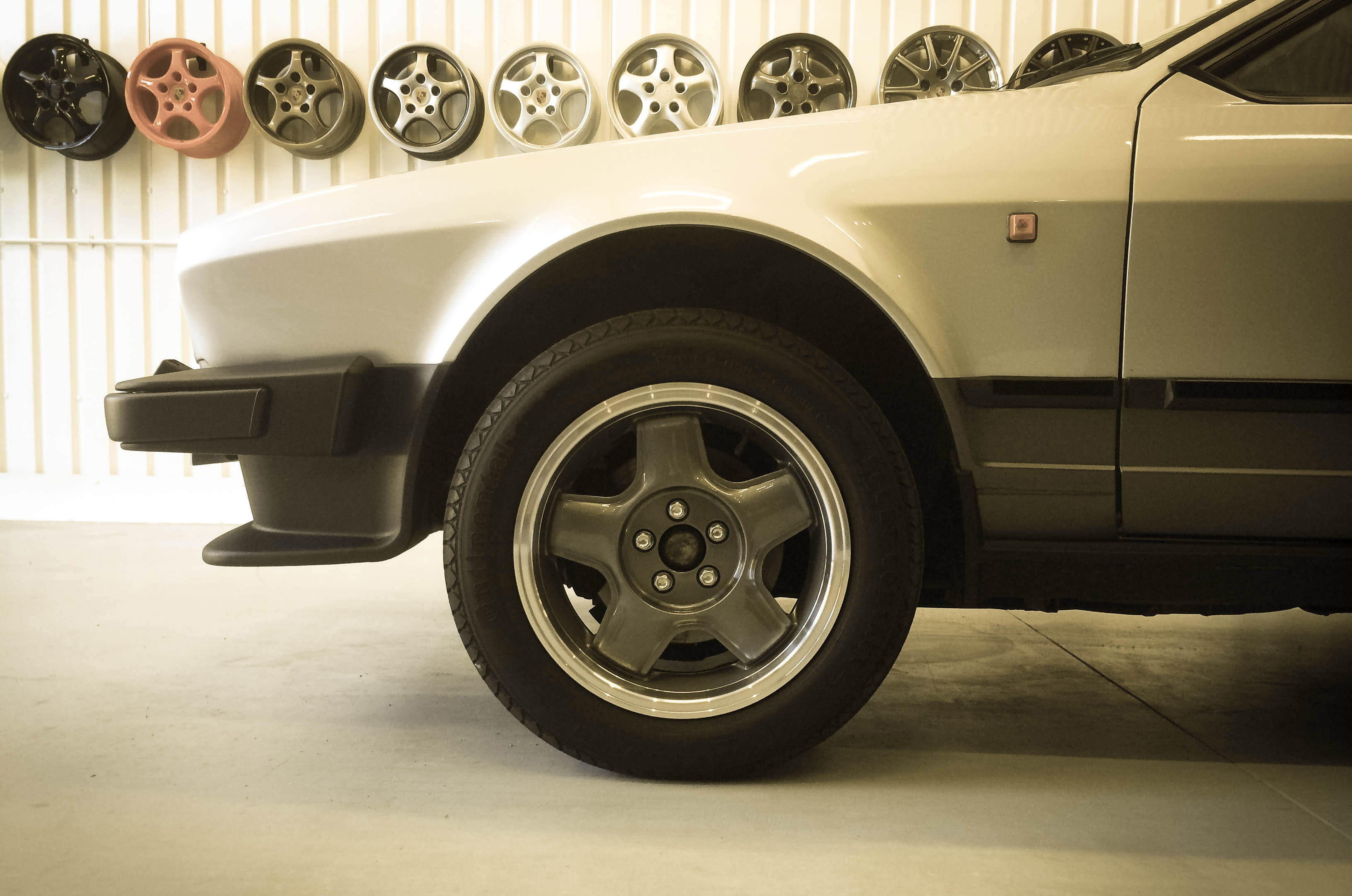 Alfa Romeo GTV6 – Front wheel