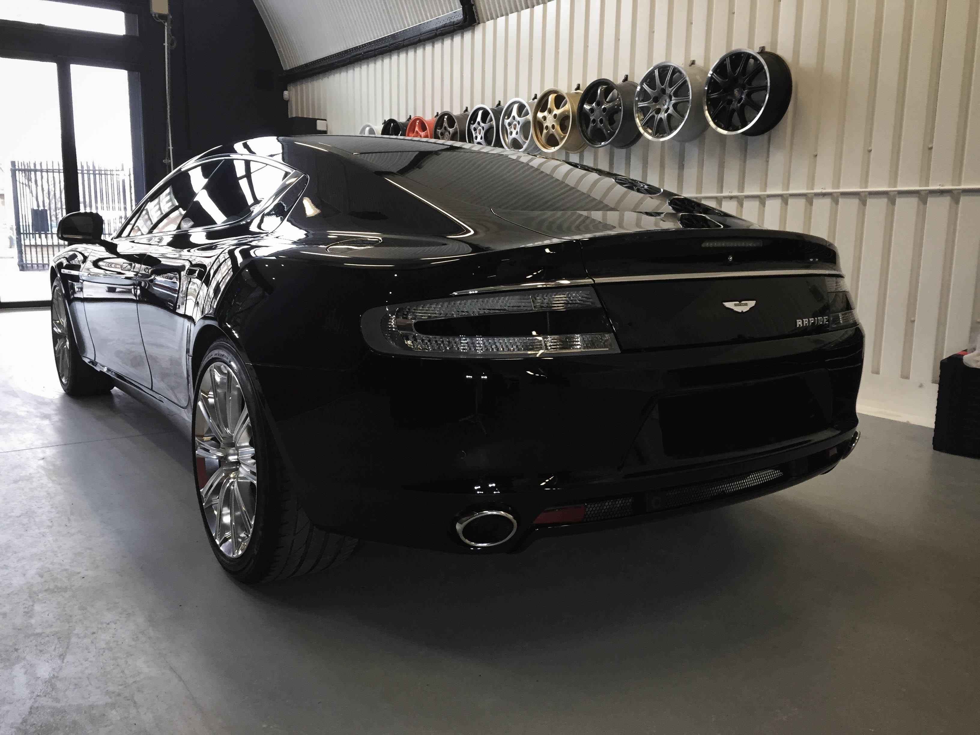 Aston Martin Rapide – Rear