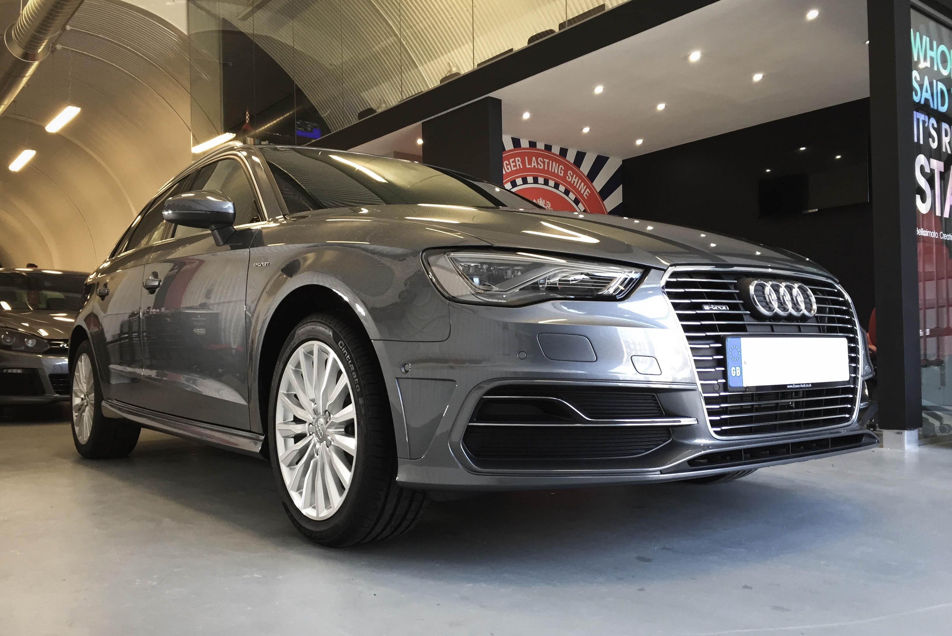 Audi A3 e-tron – front