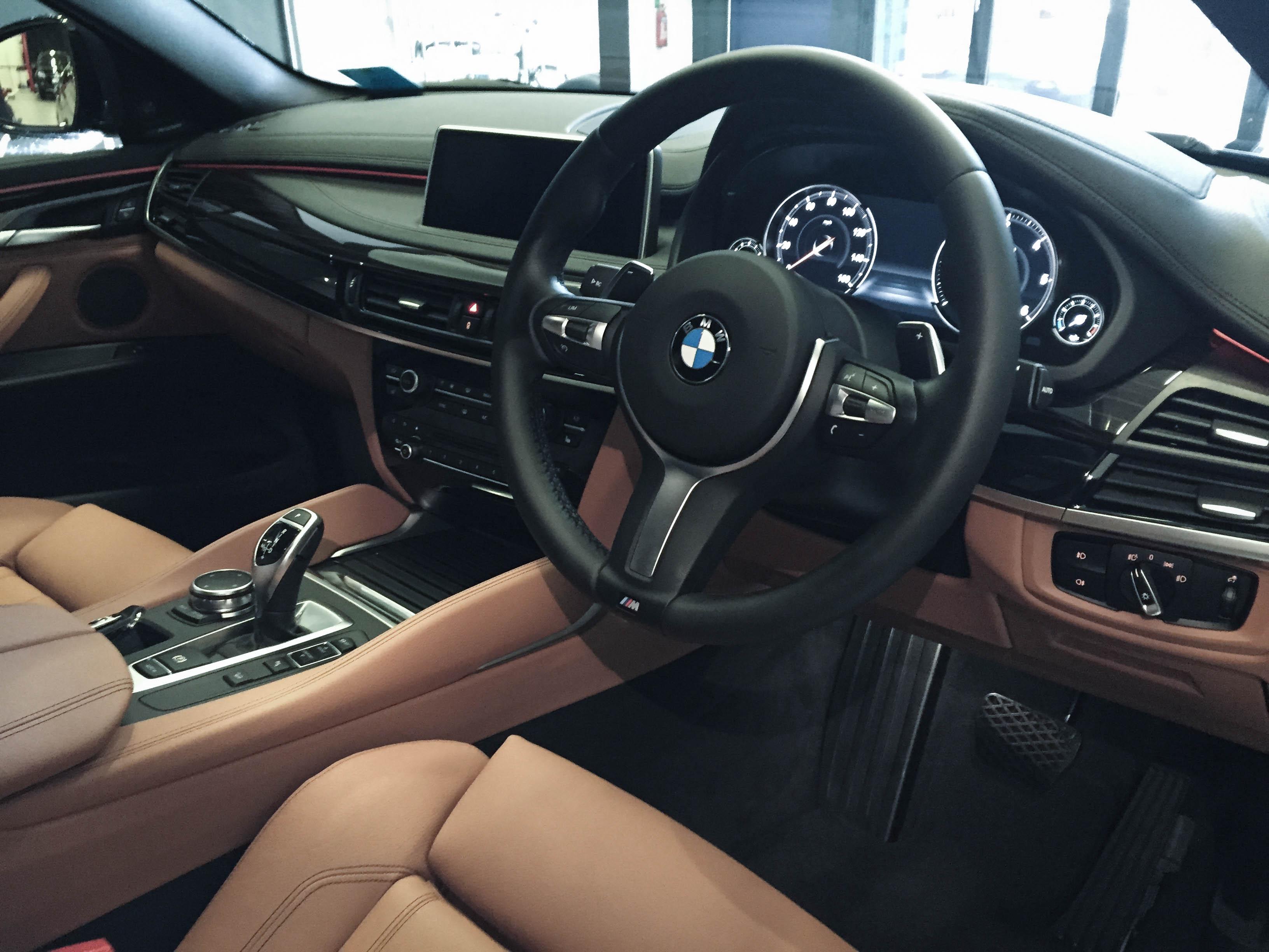 BMW X6 – Interior