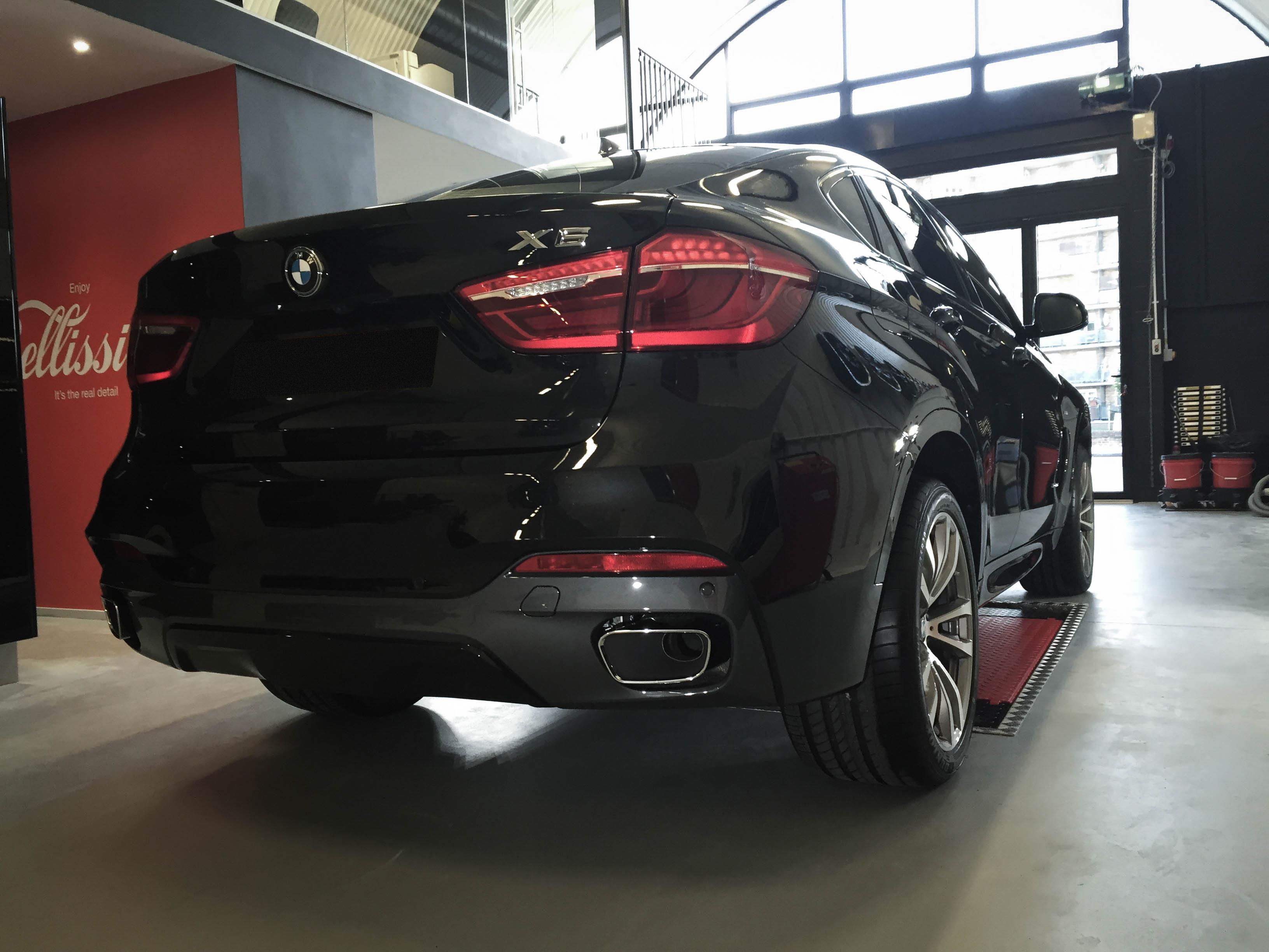 BMW X6 –Rear