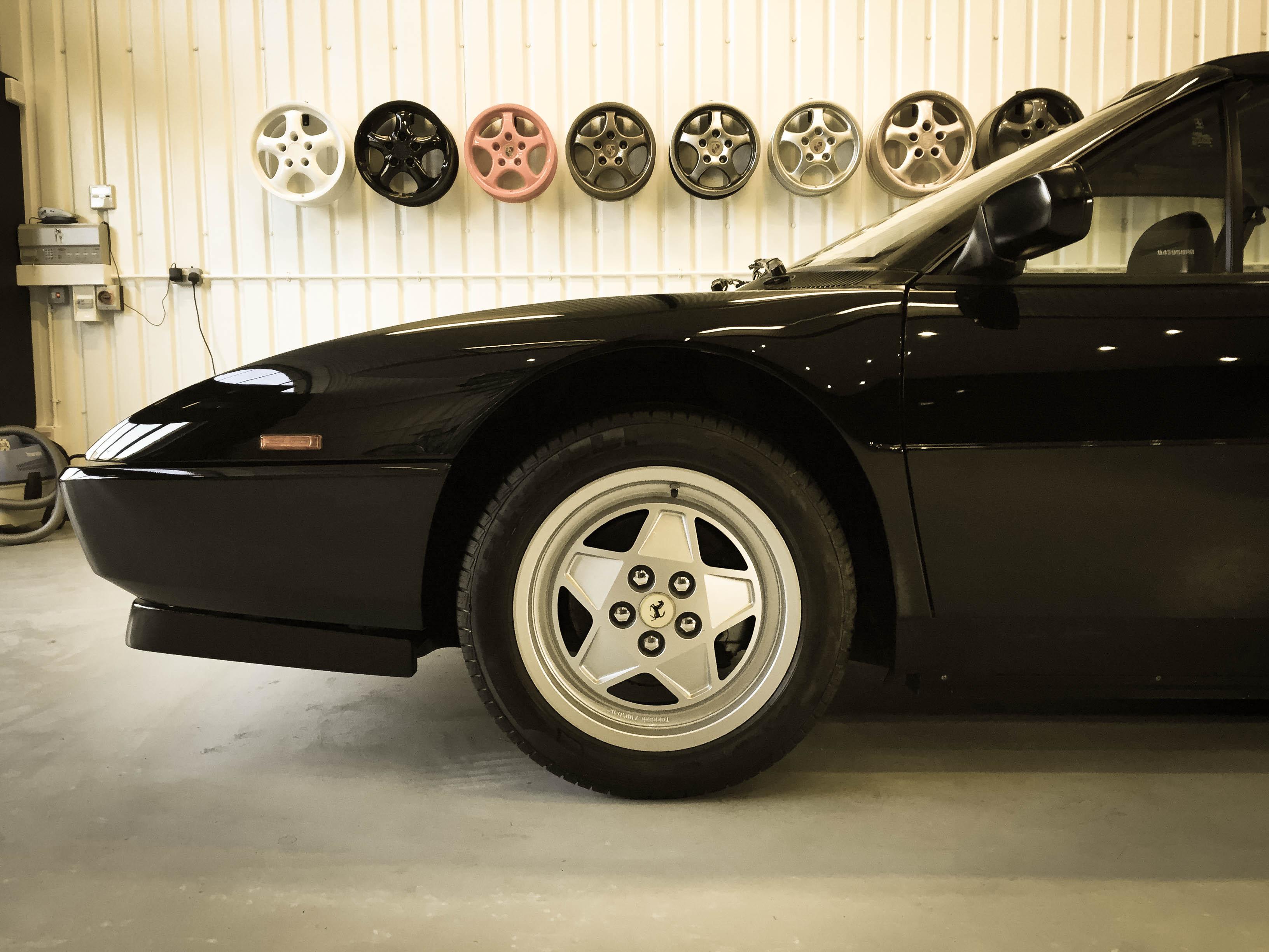 Ferrari Mondial T – Side