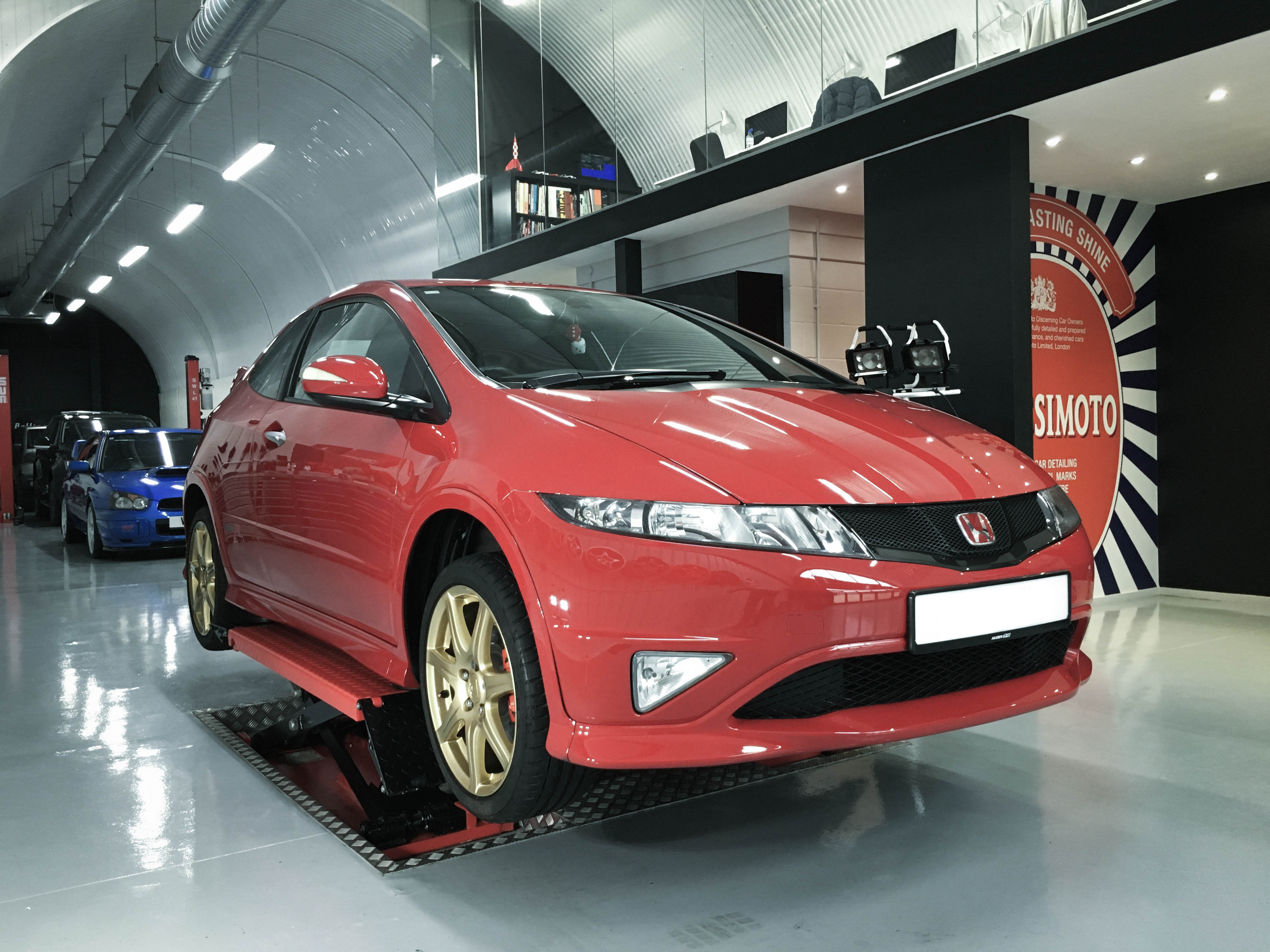 Honda Civic TypeR – On lift