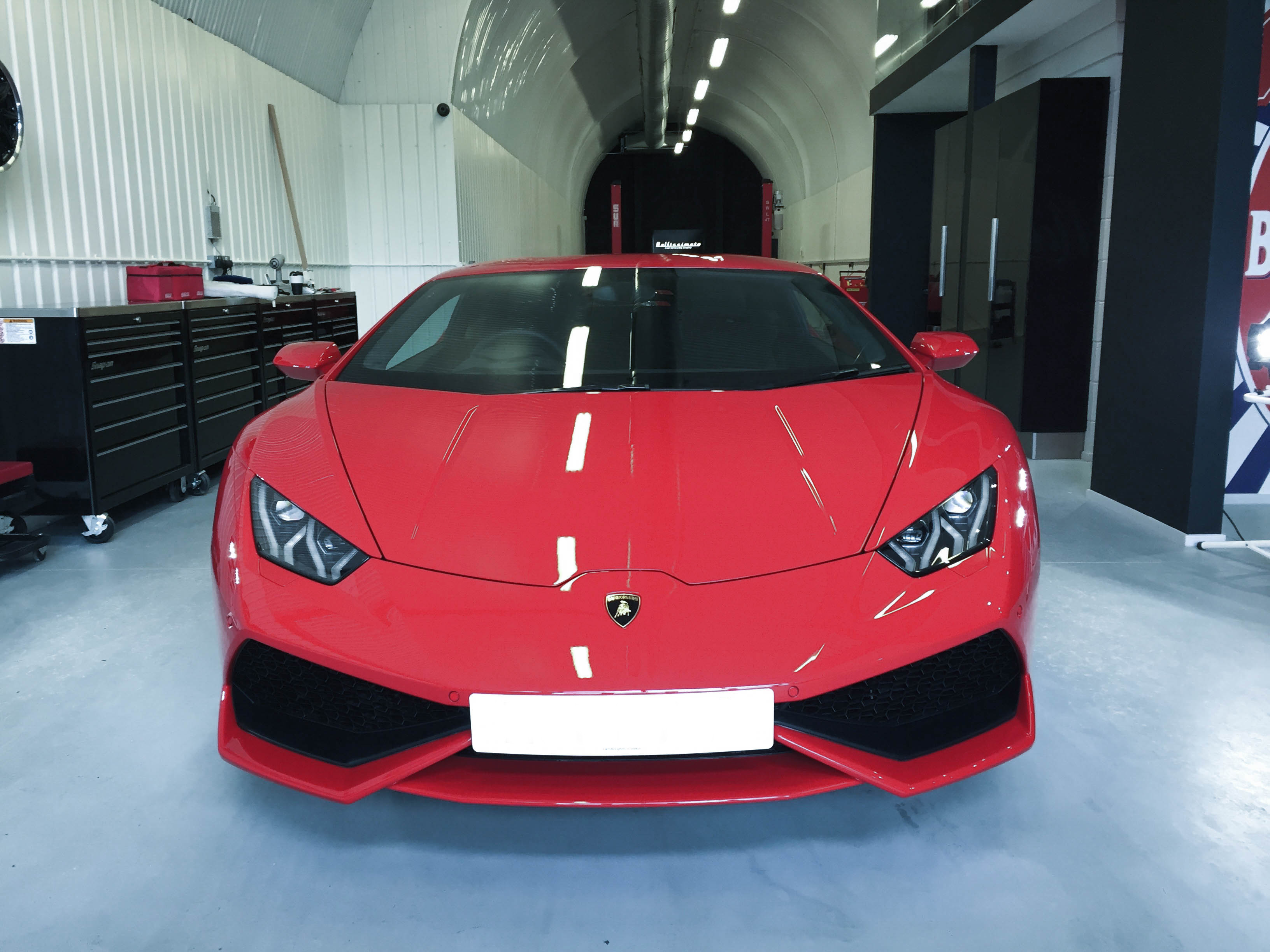 Lamborghini Huracan – Head on