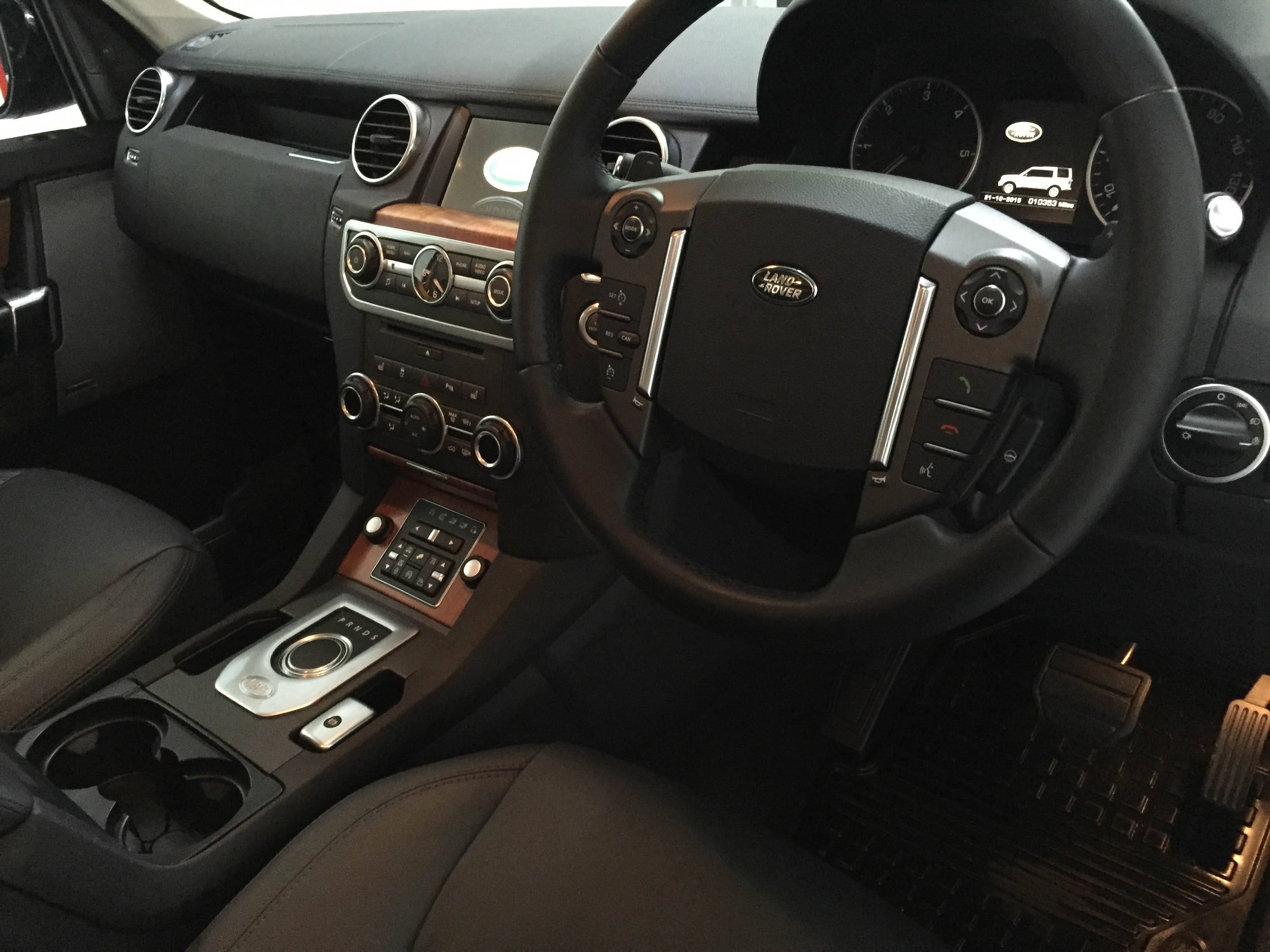Land Rover Discovery – Interior