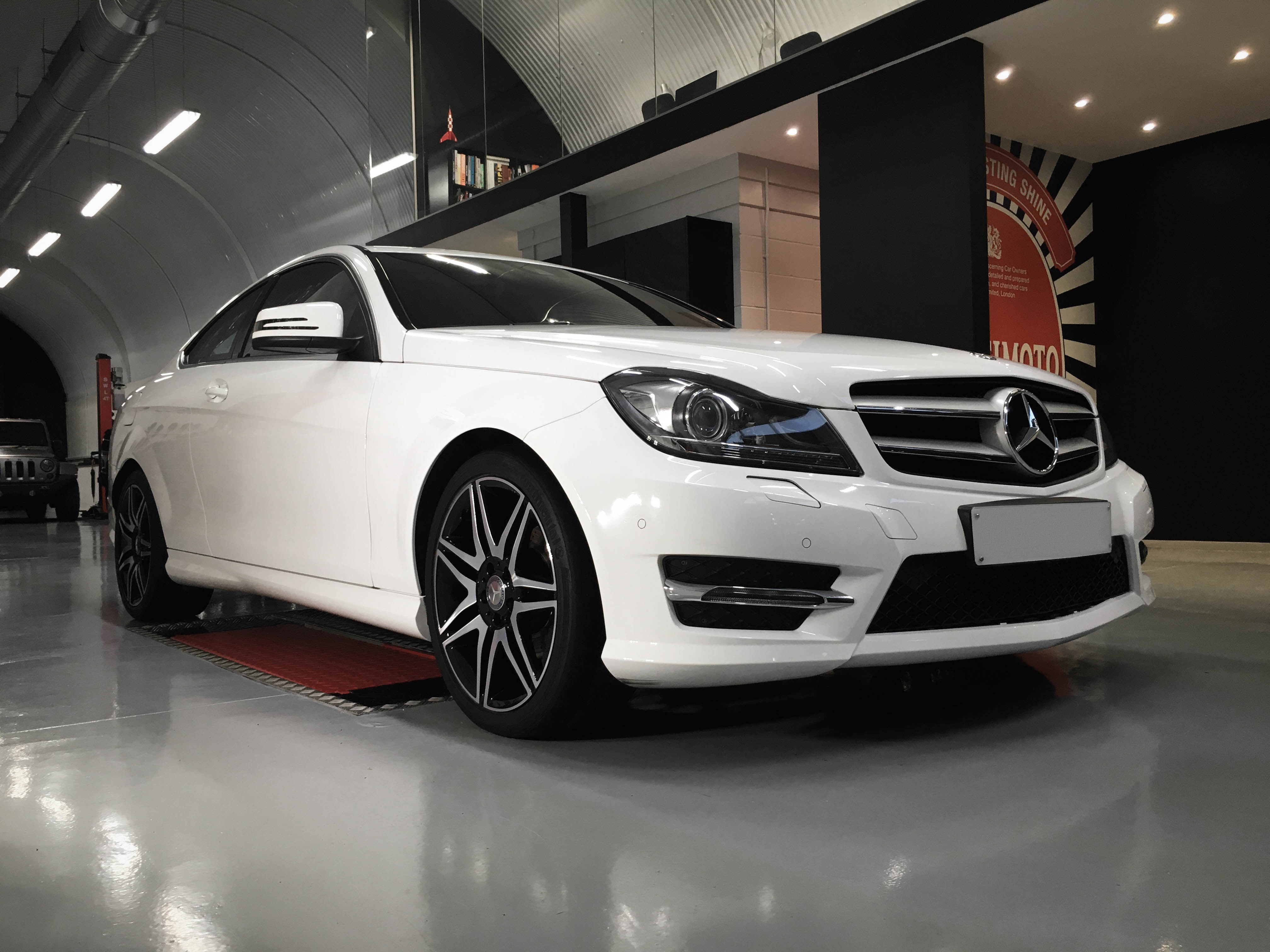 Mercedes C Class – Front