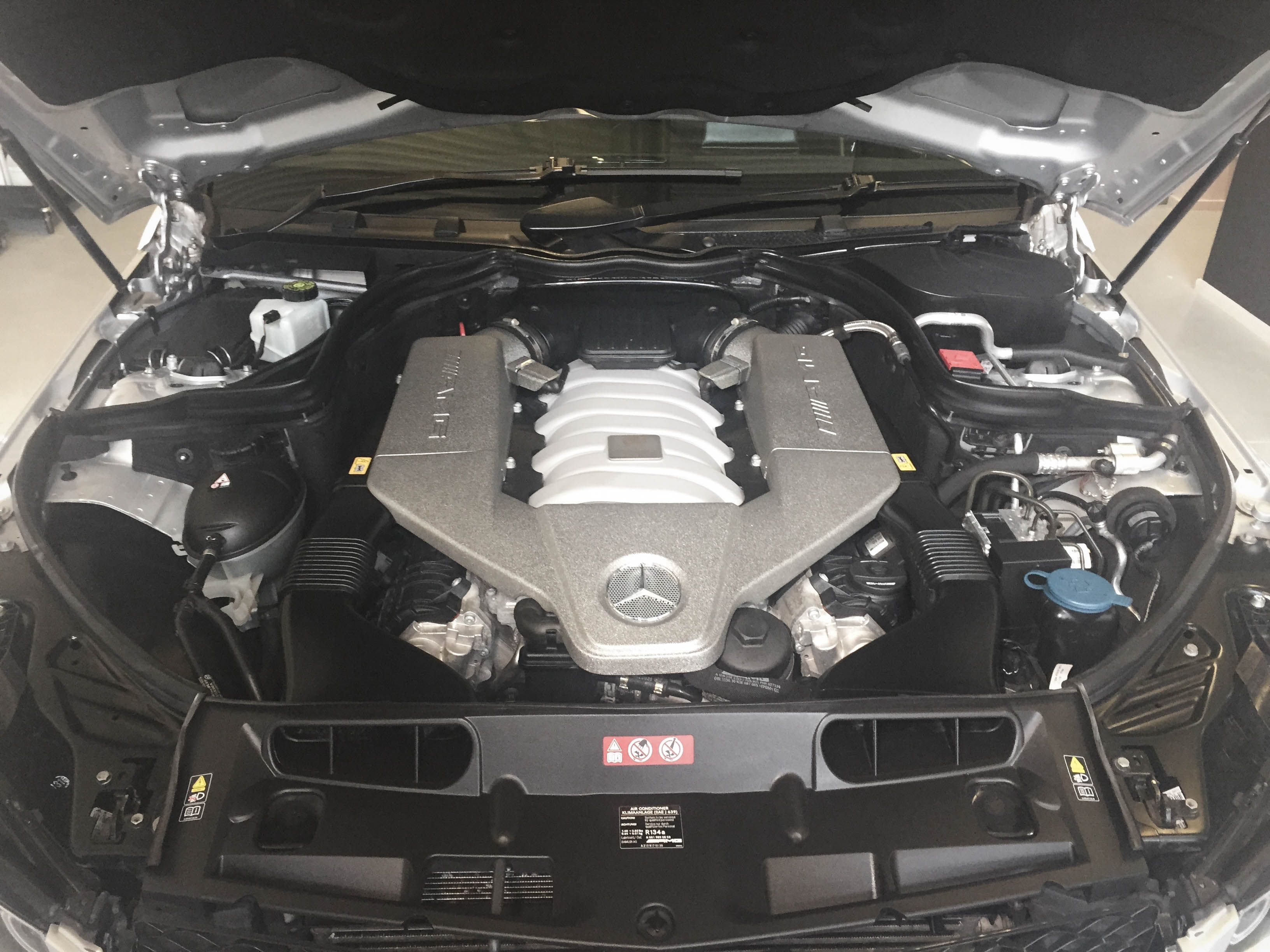 Mercedes C63 AMG – Engine