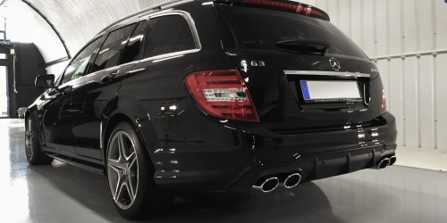 Mercedes C63 Touring – Rear view