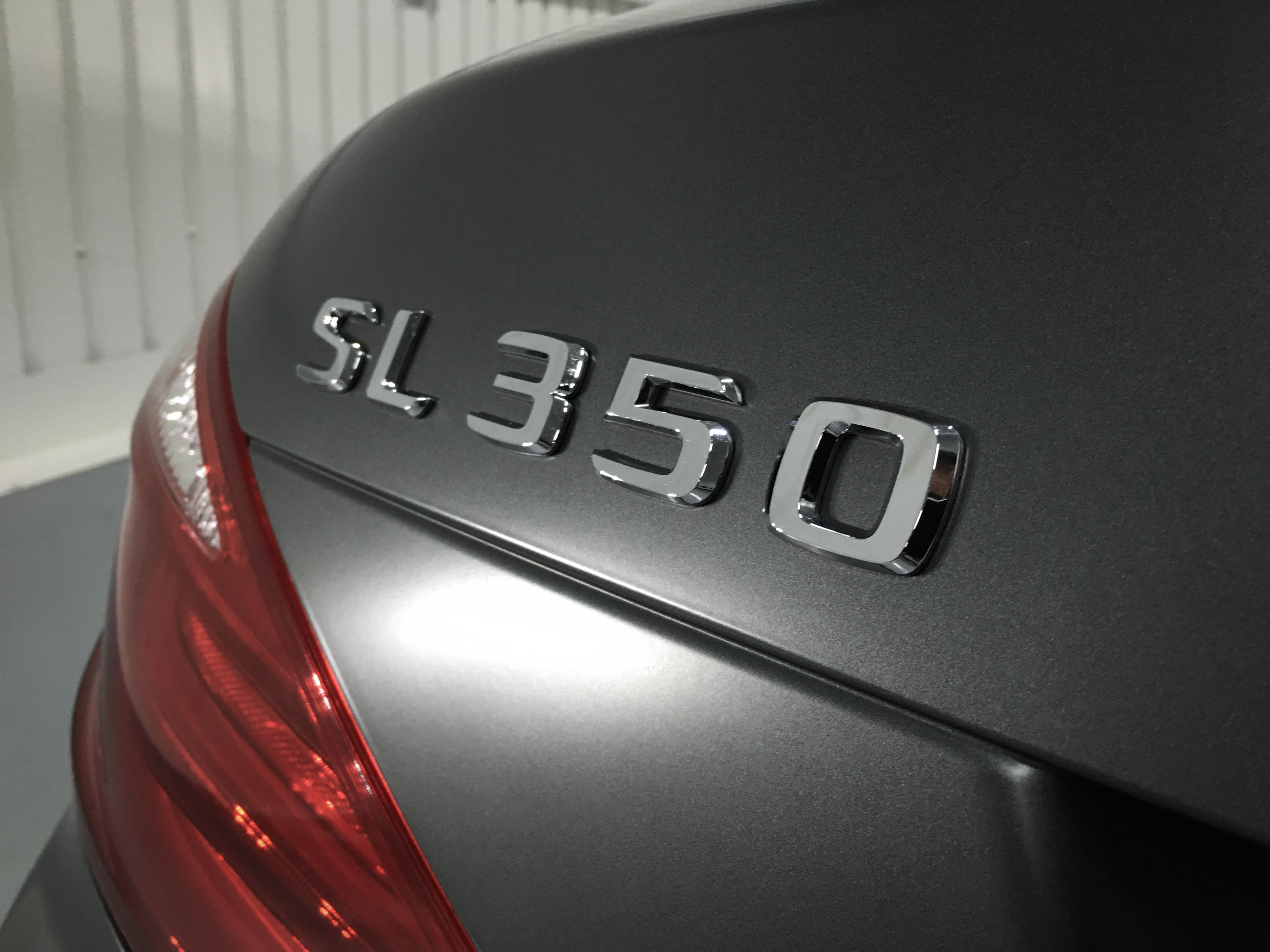 Mercedes SL350 – Badge detail