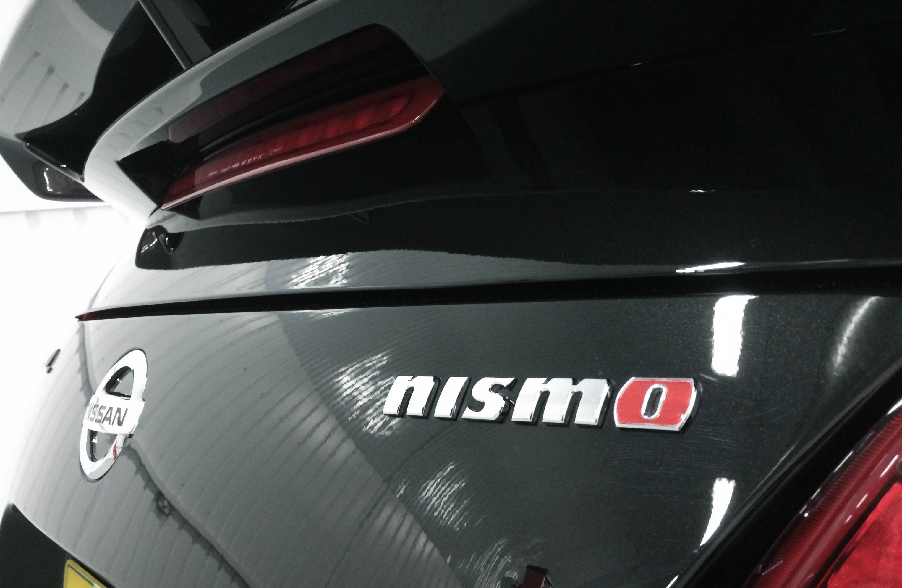 Nissan 370z Nismo – Badge