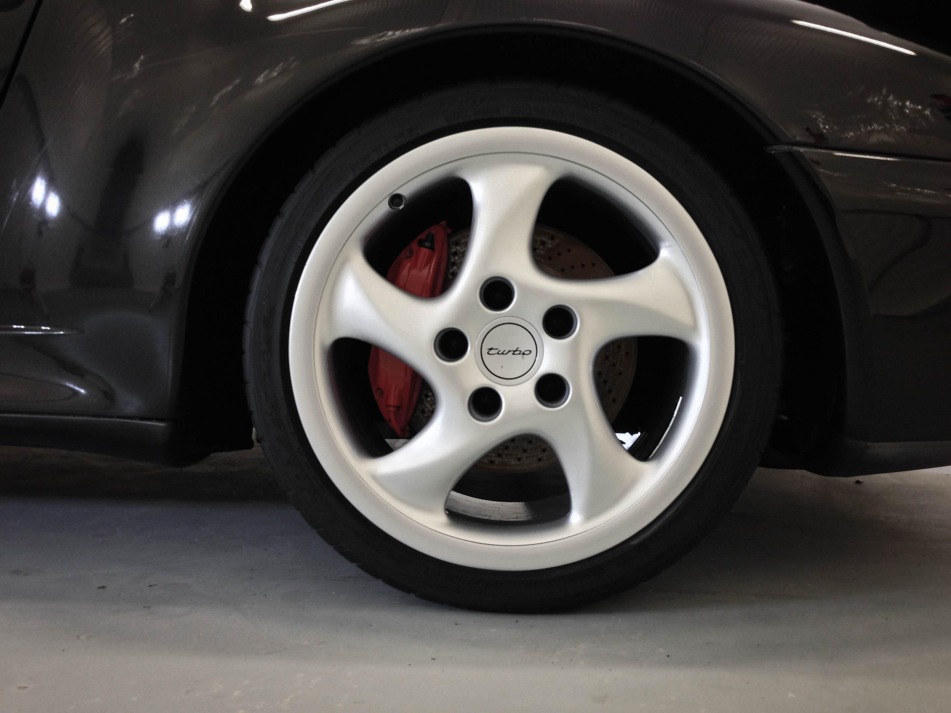 Porsche 911 Turbo –Front Wheel