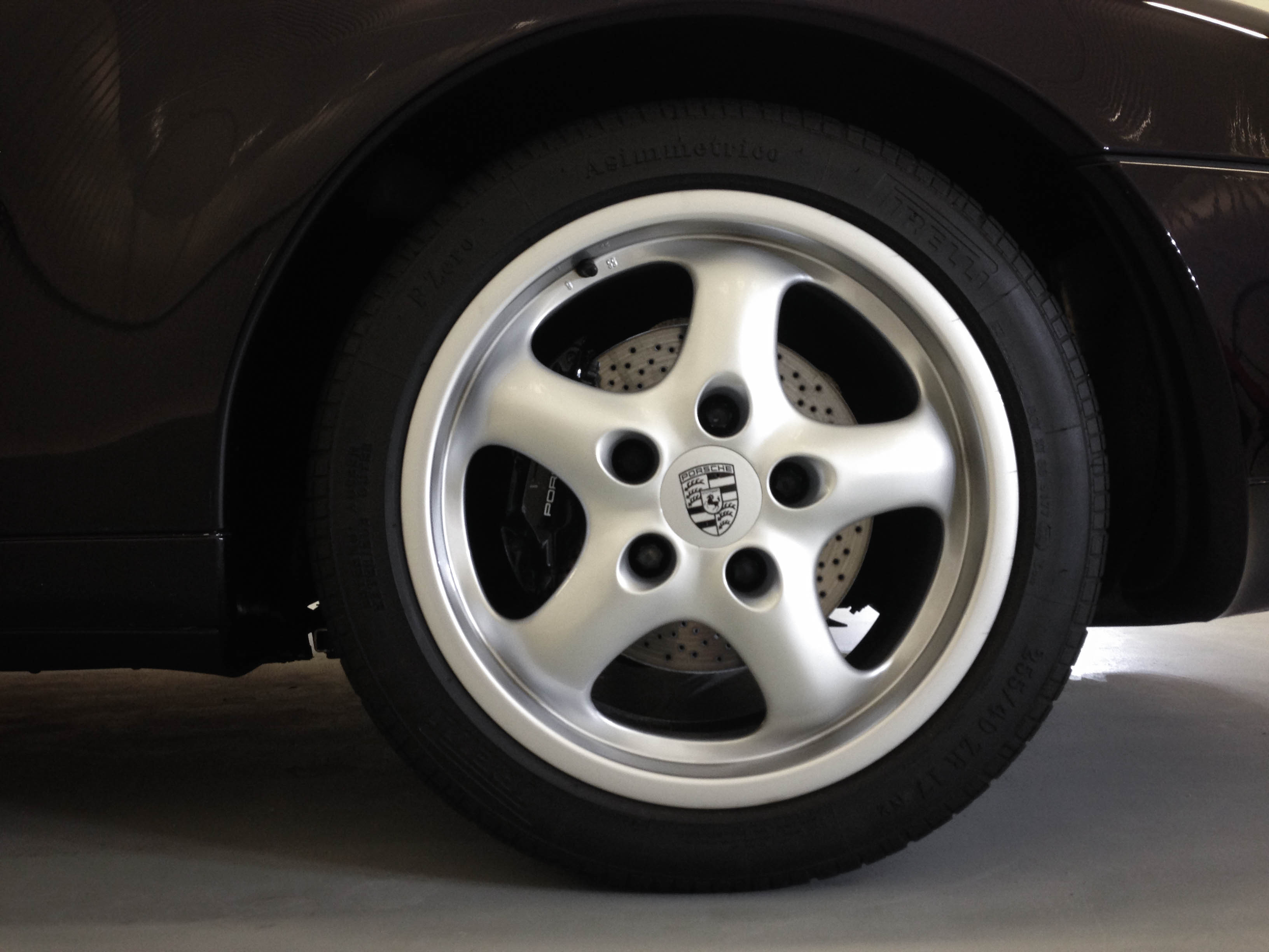 Porsche 993S – Wheel refurbished