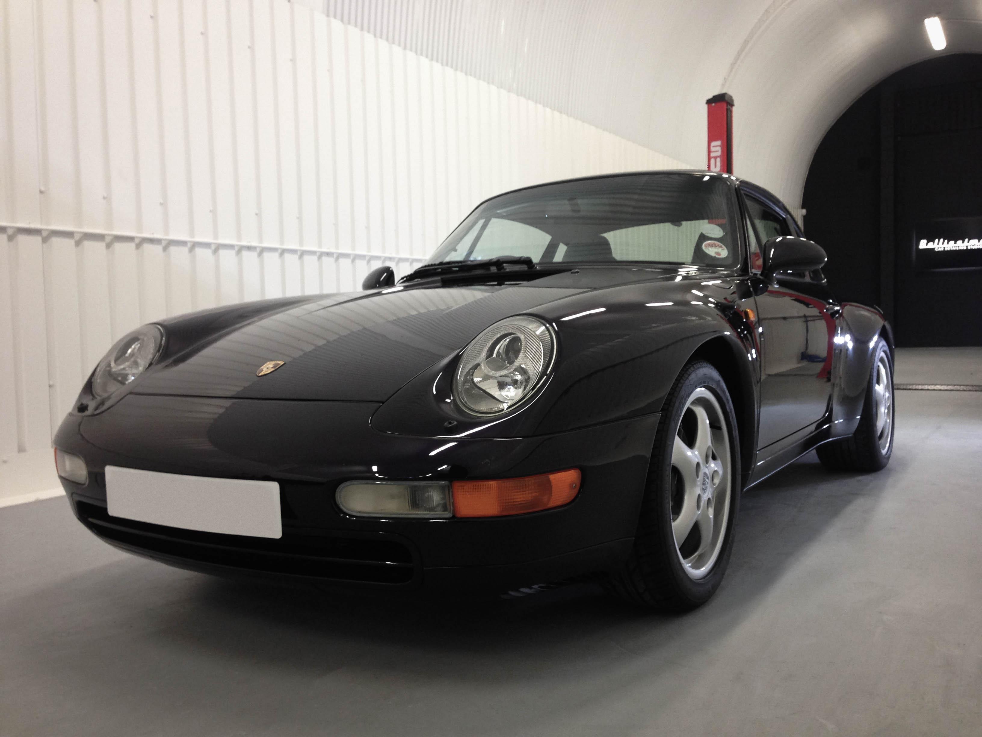Porsche 993S