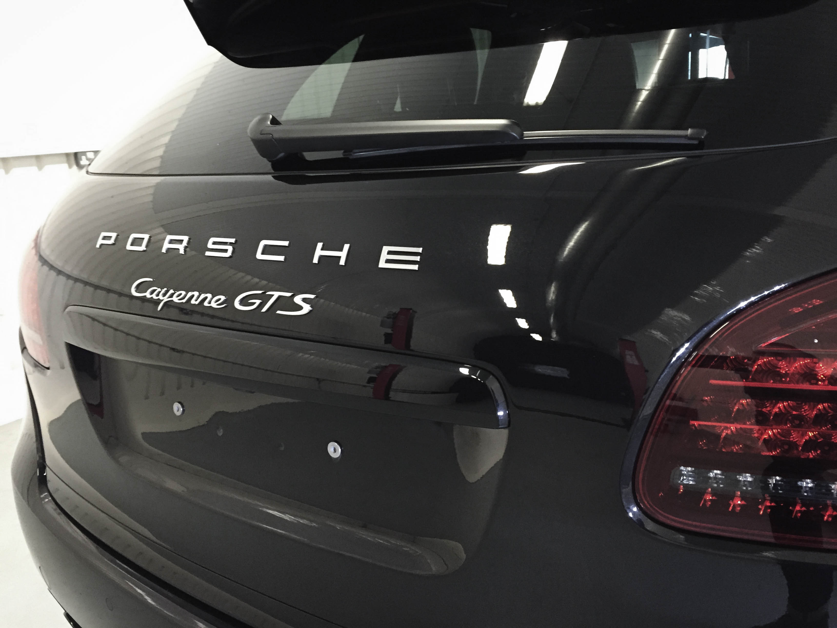 Porsche Cayenne GTS – Badge