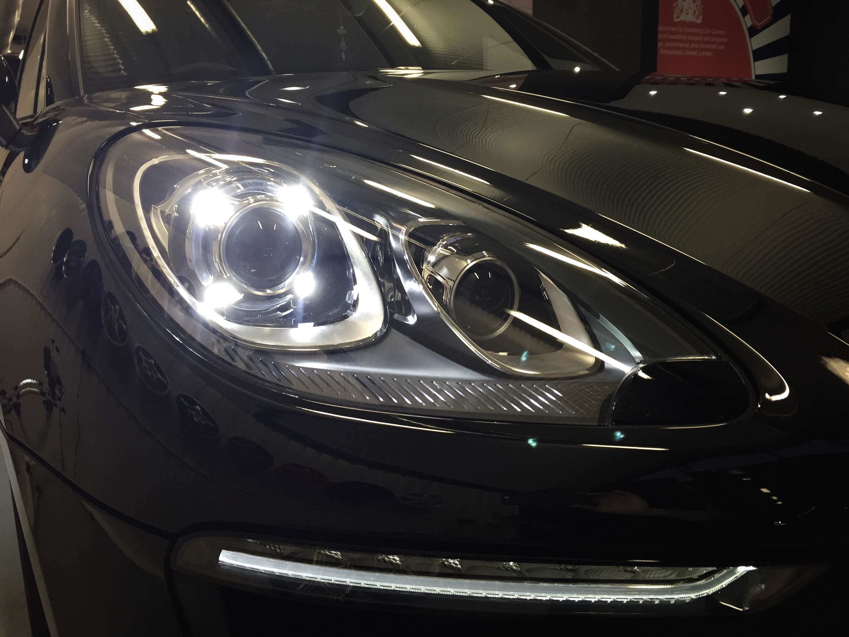 Porsche Macan – Light detail