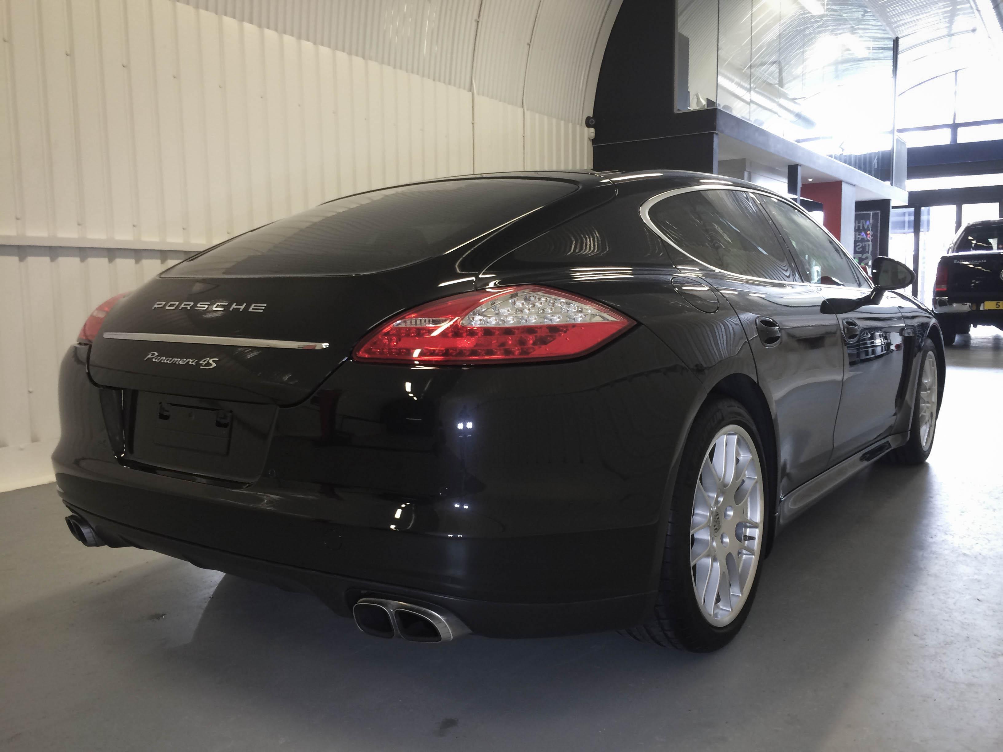 Porsche Panamera – Rear