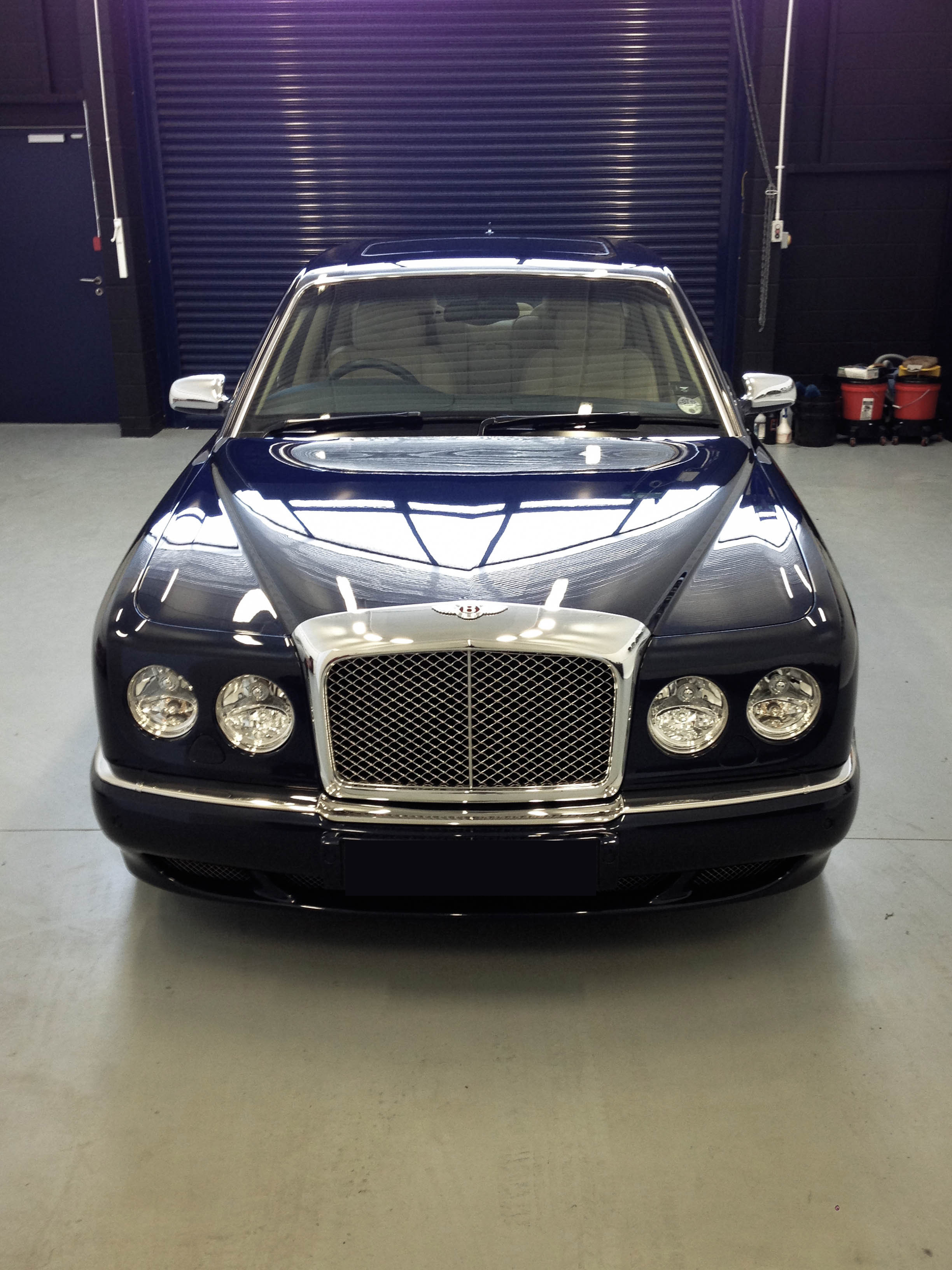 Bentley Arnage – Head on