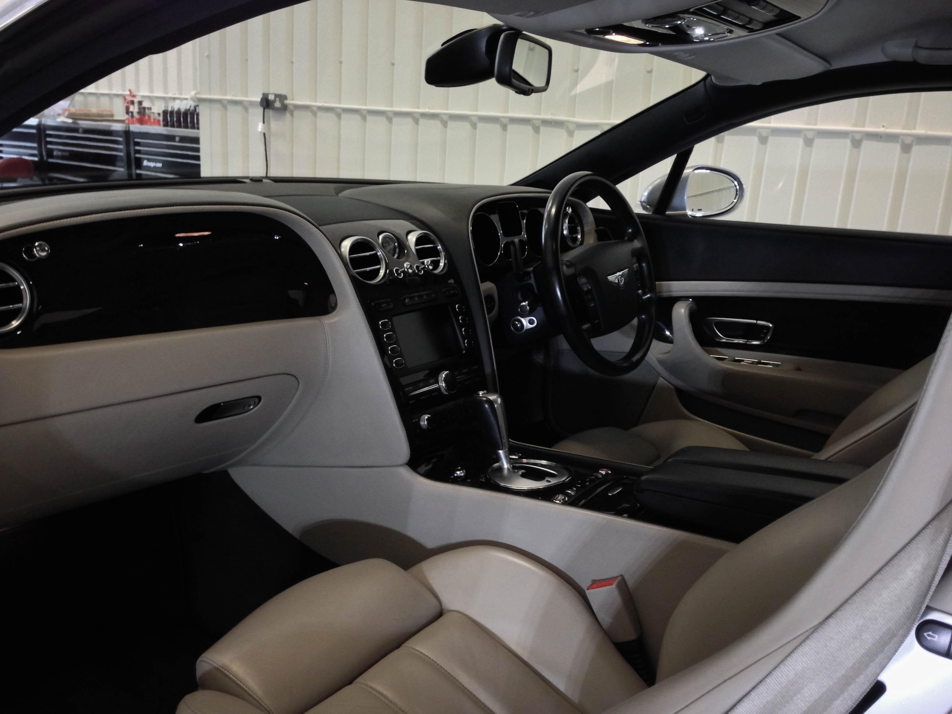 Bentley-Continental-2door-A-10