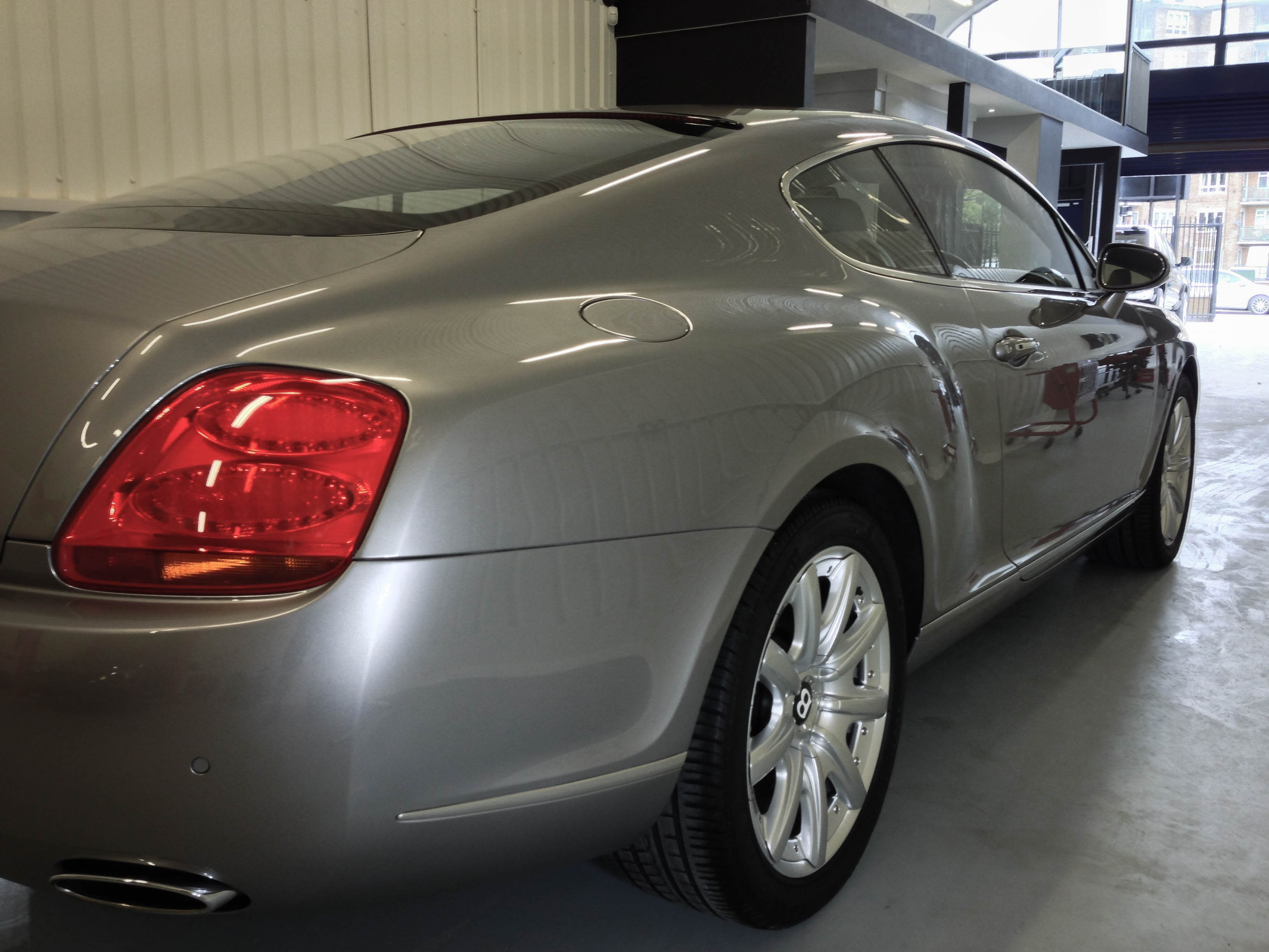 Bentley-Continental-2door-A-8