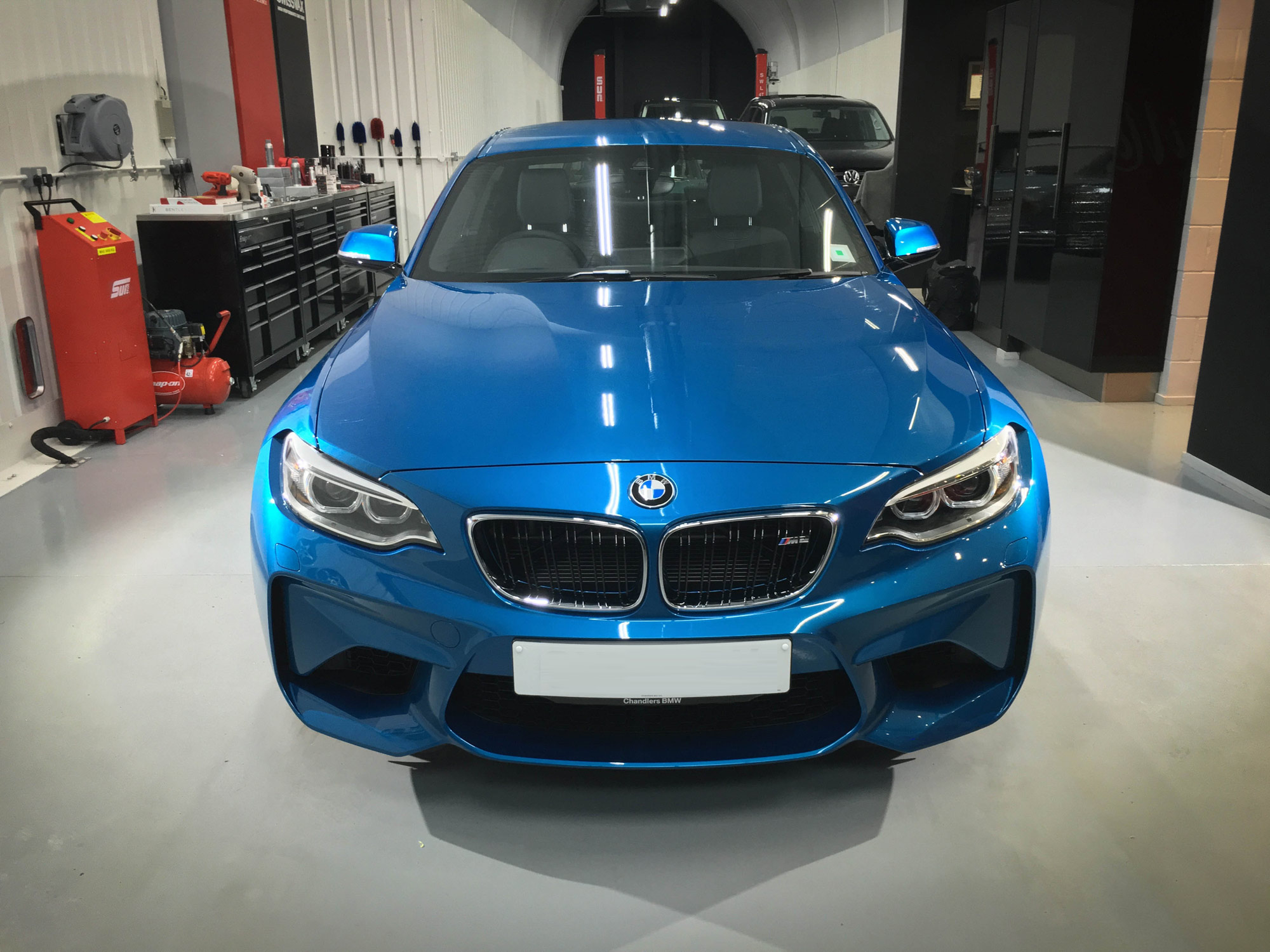 BMW-M2_Head-On