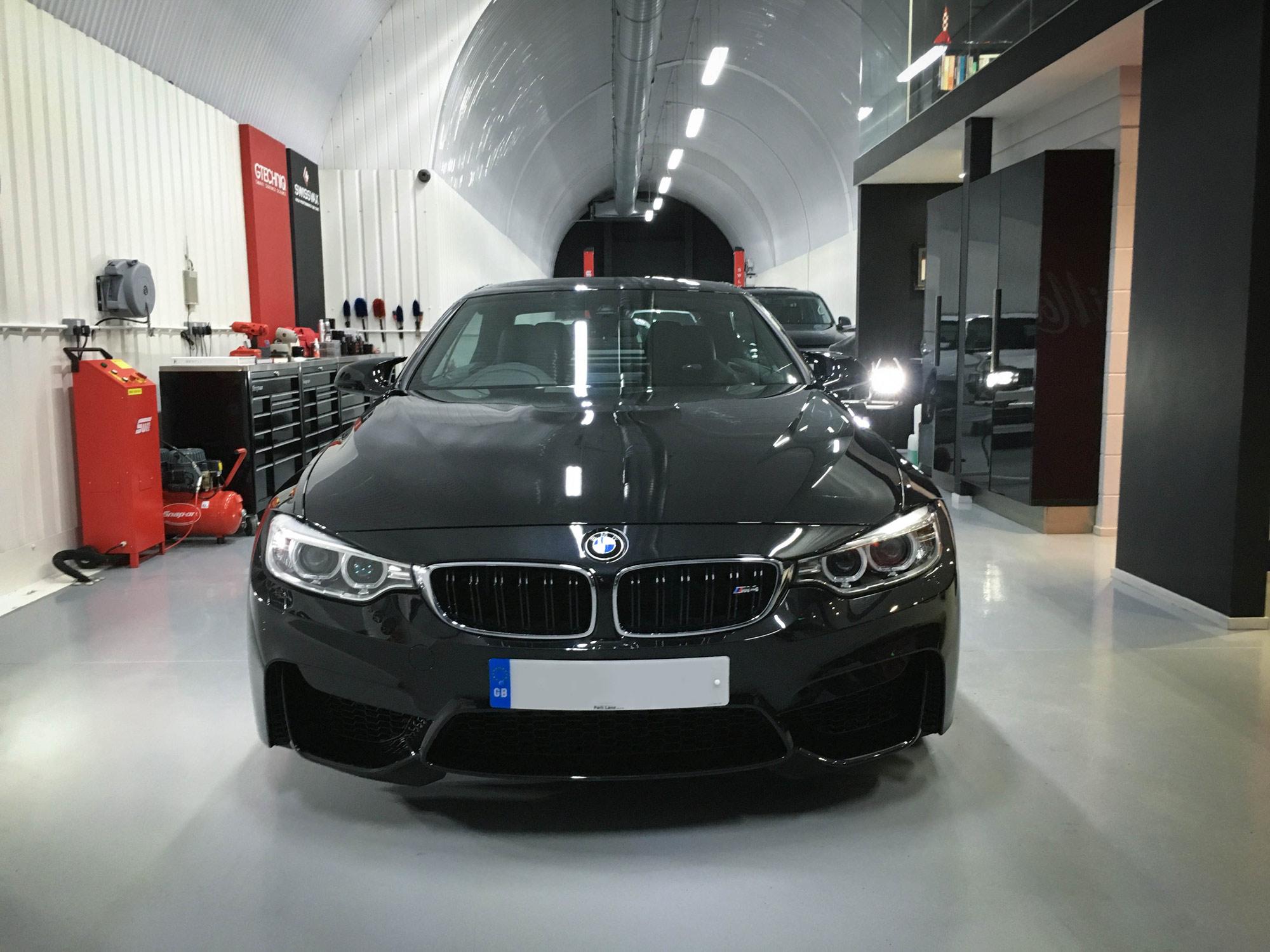 ... BMW M4 Head On ...