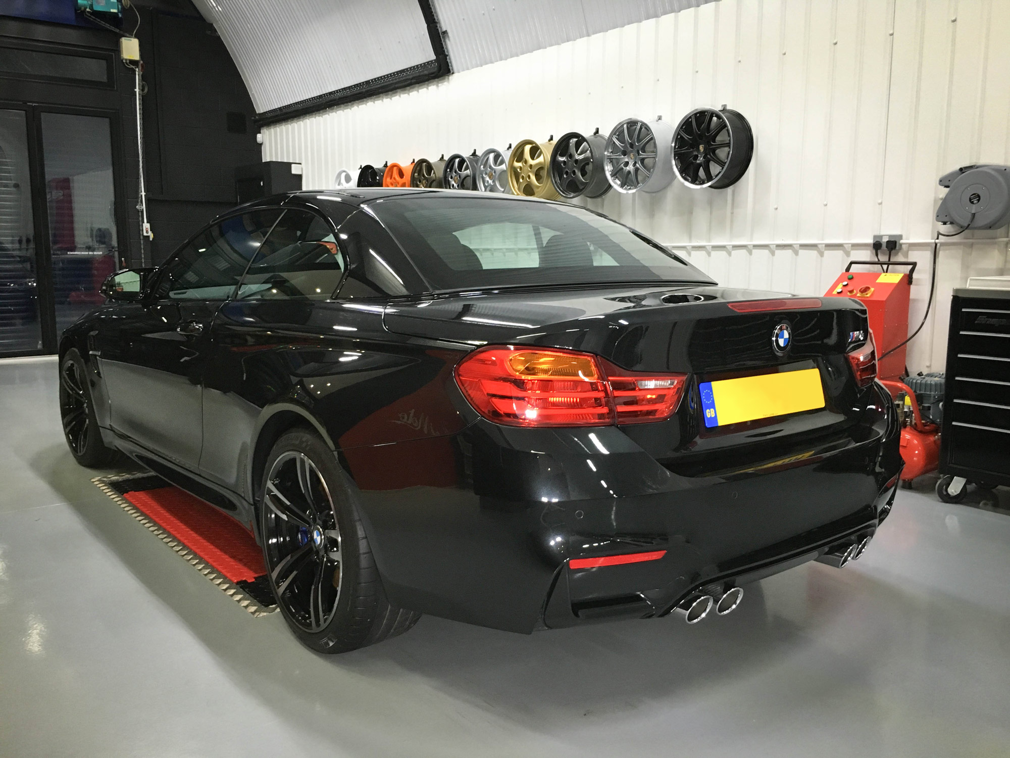 BMW-M4-Rear-passengers-side