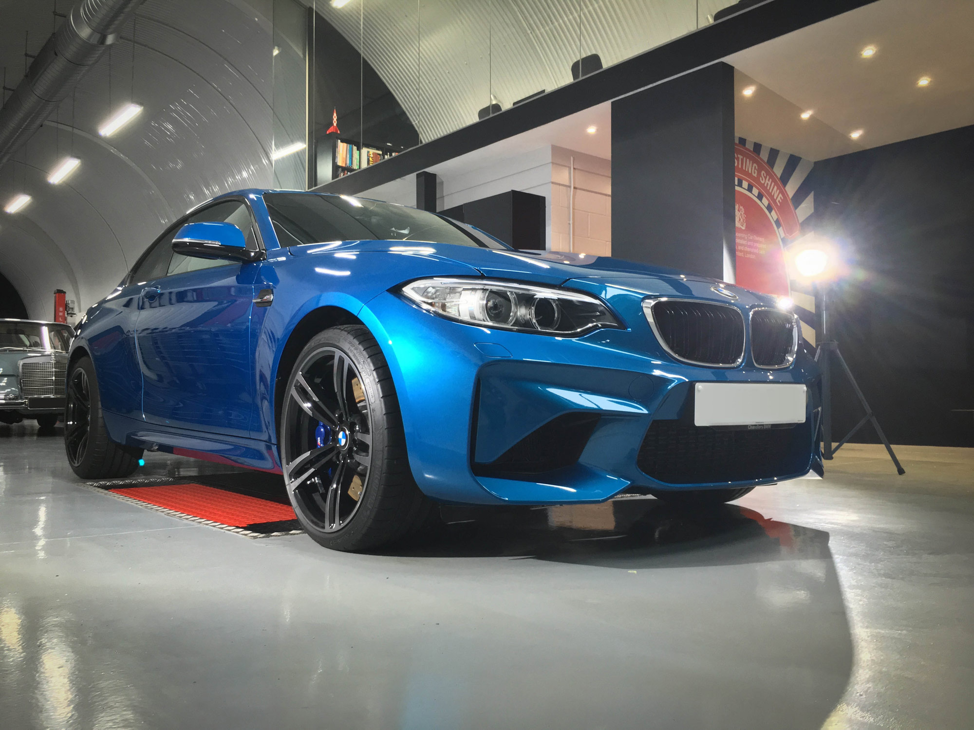 BMW_M2-front-driver