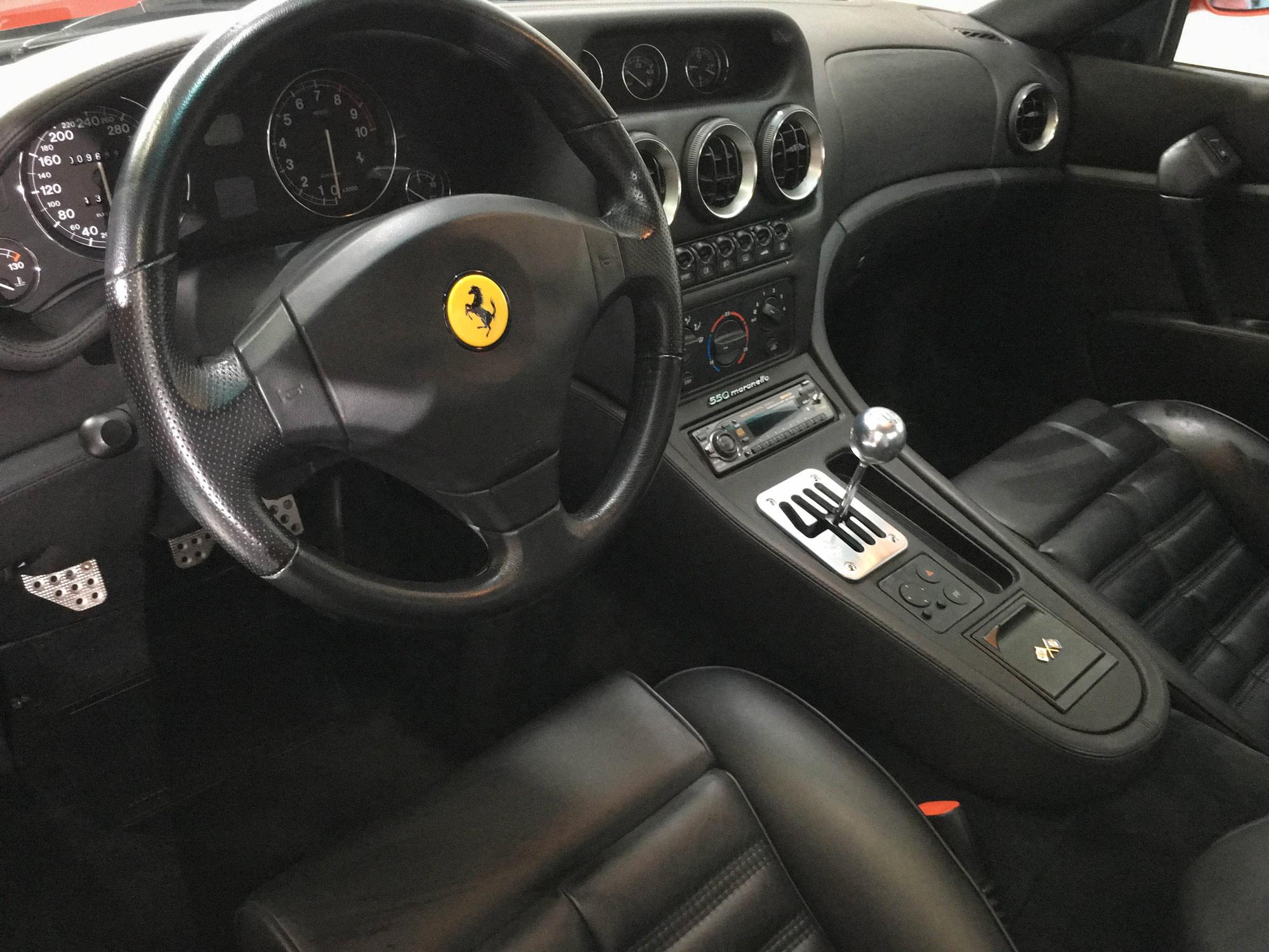 Ferrari_550_Maranello-Interior