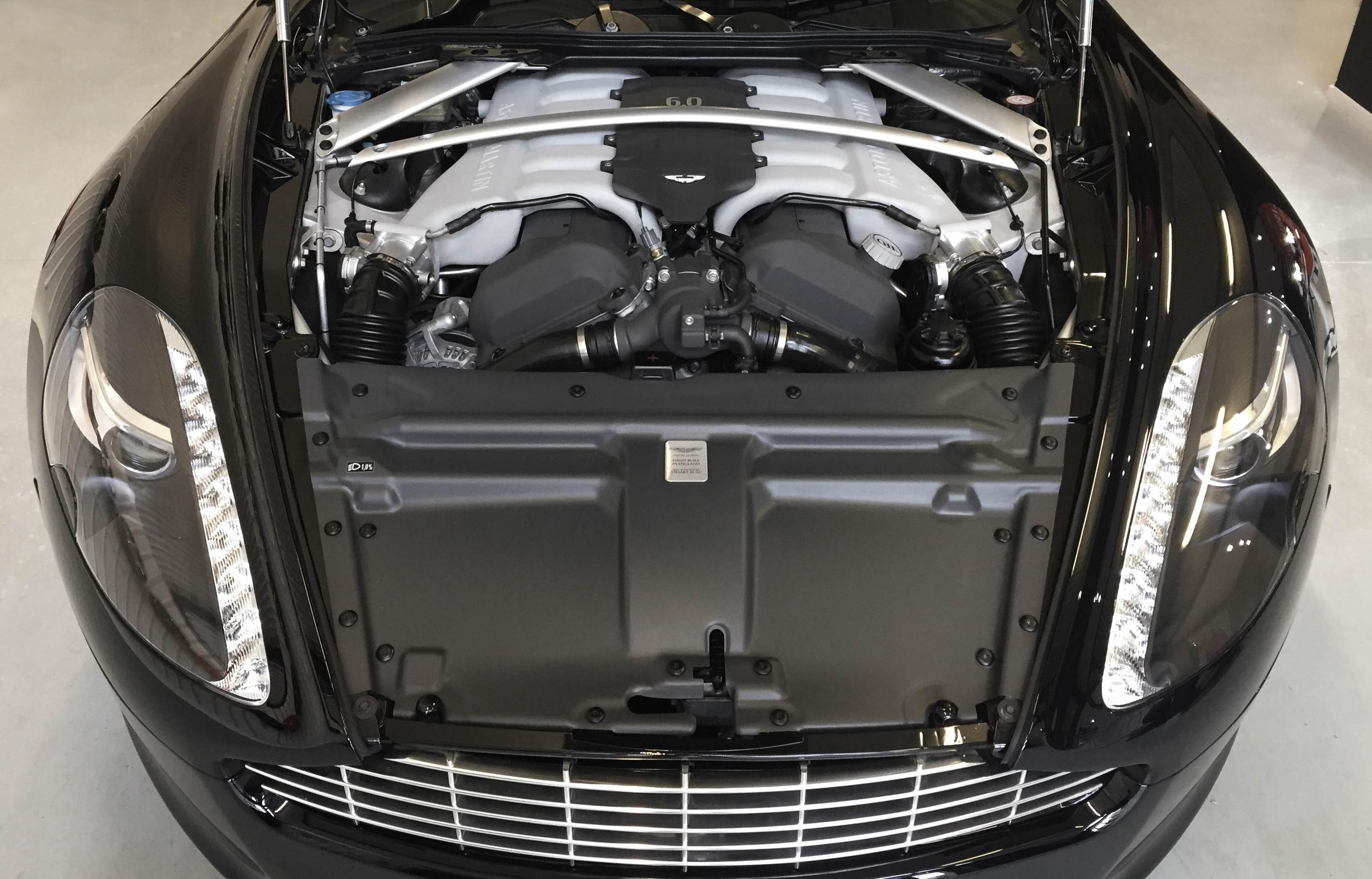Aston Martin Rapide – engine