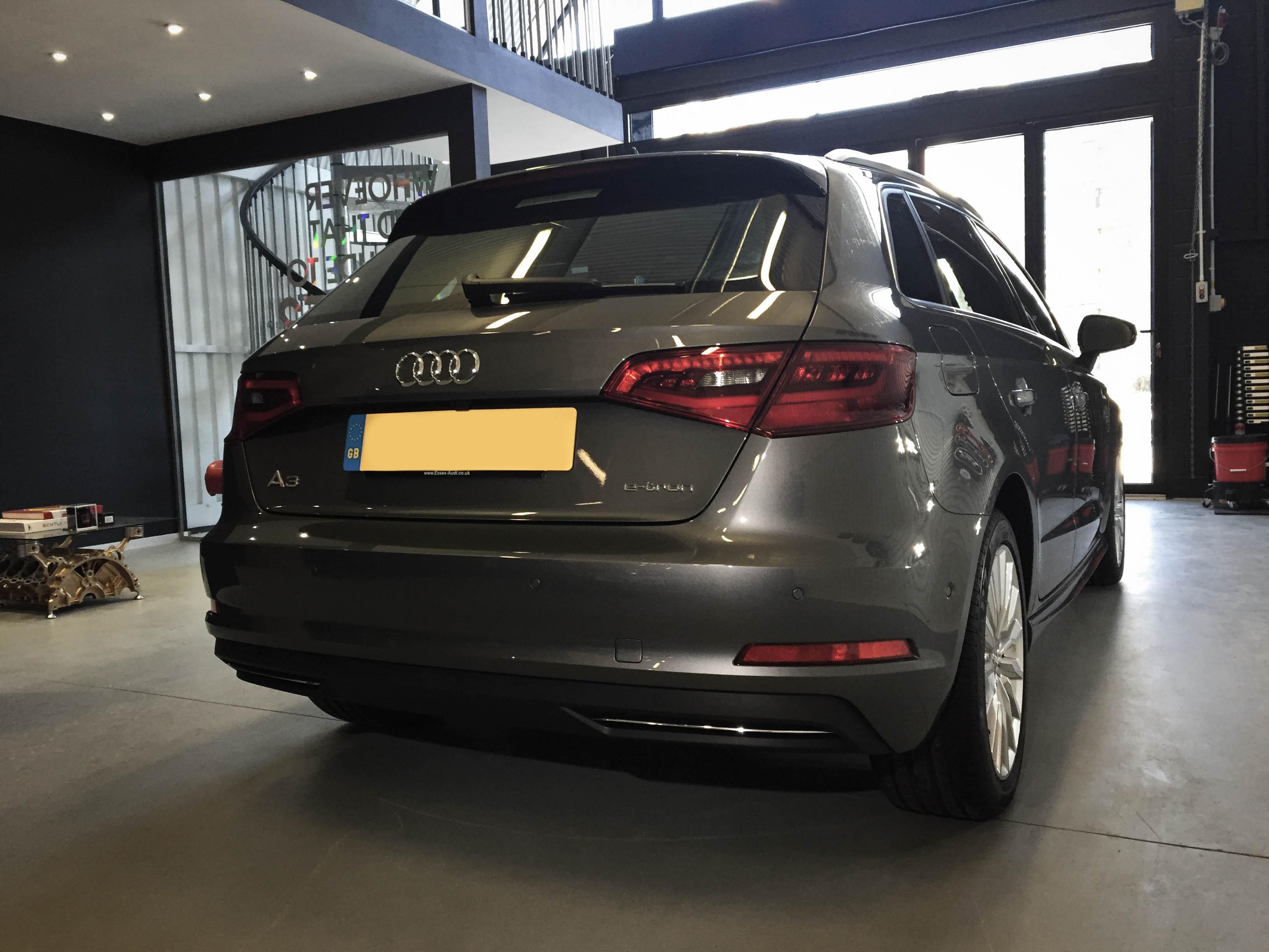 Audi-A3-e-tron-etron-rear