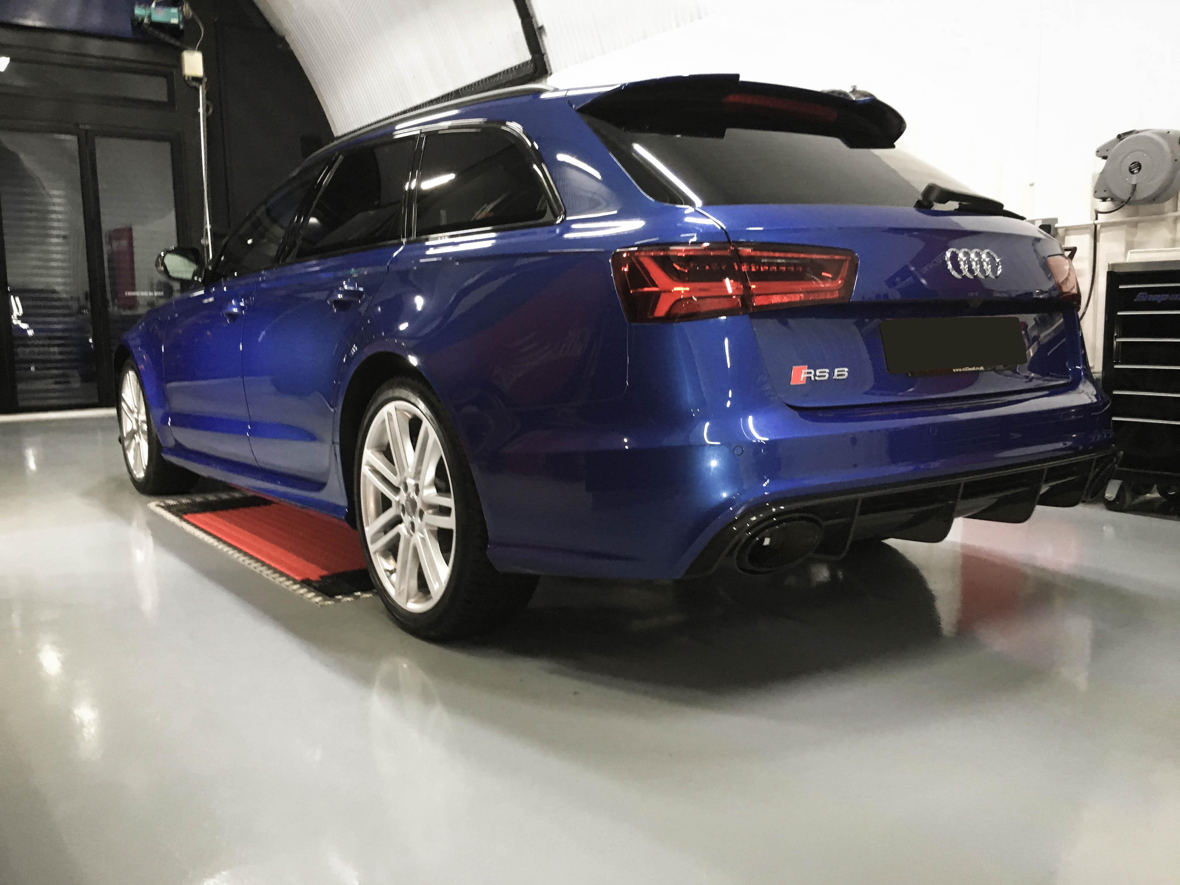 Audi RS6 V8 – Rear