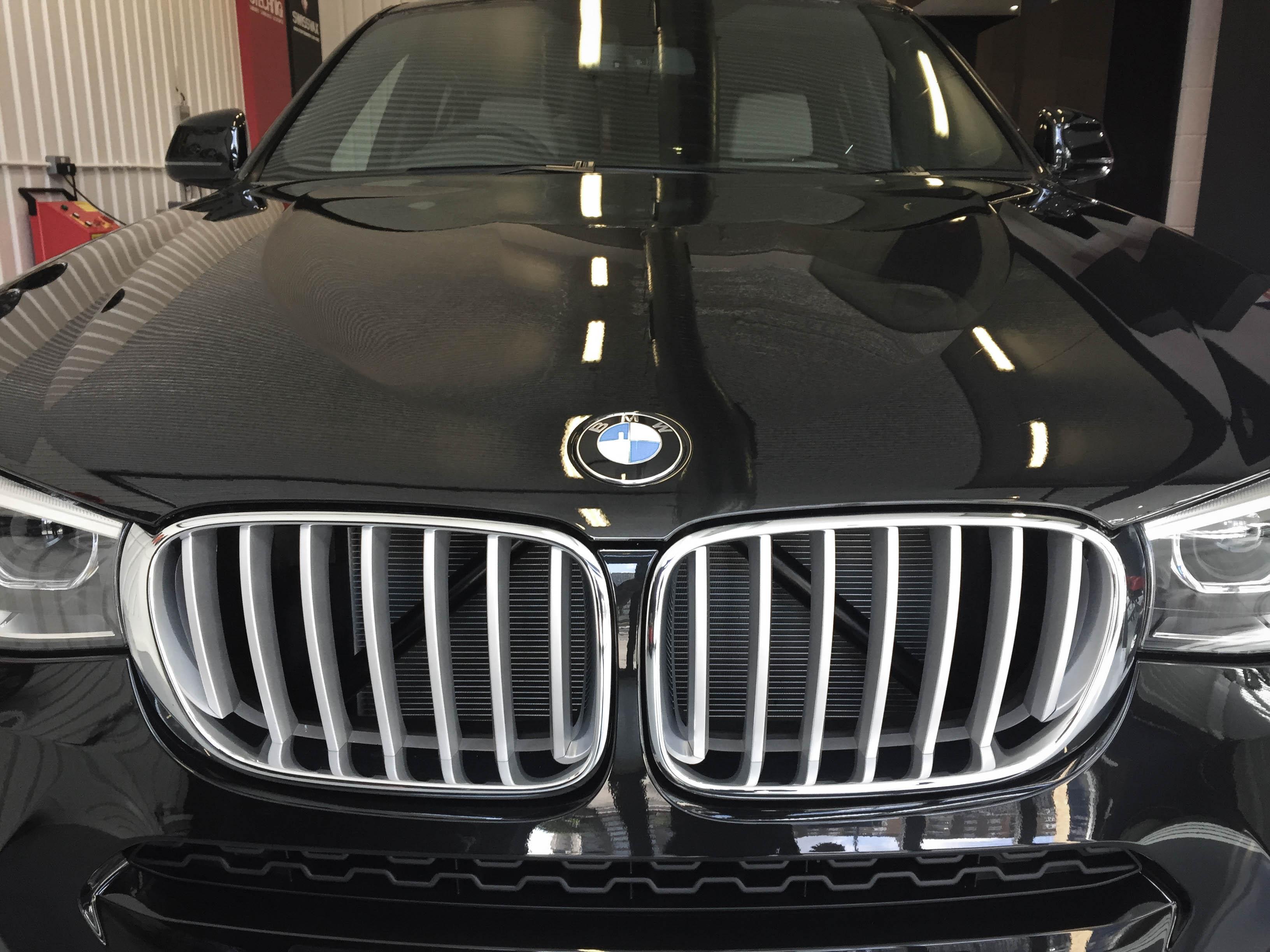 BMW X4 –Grill
