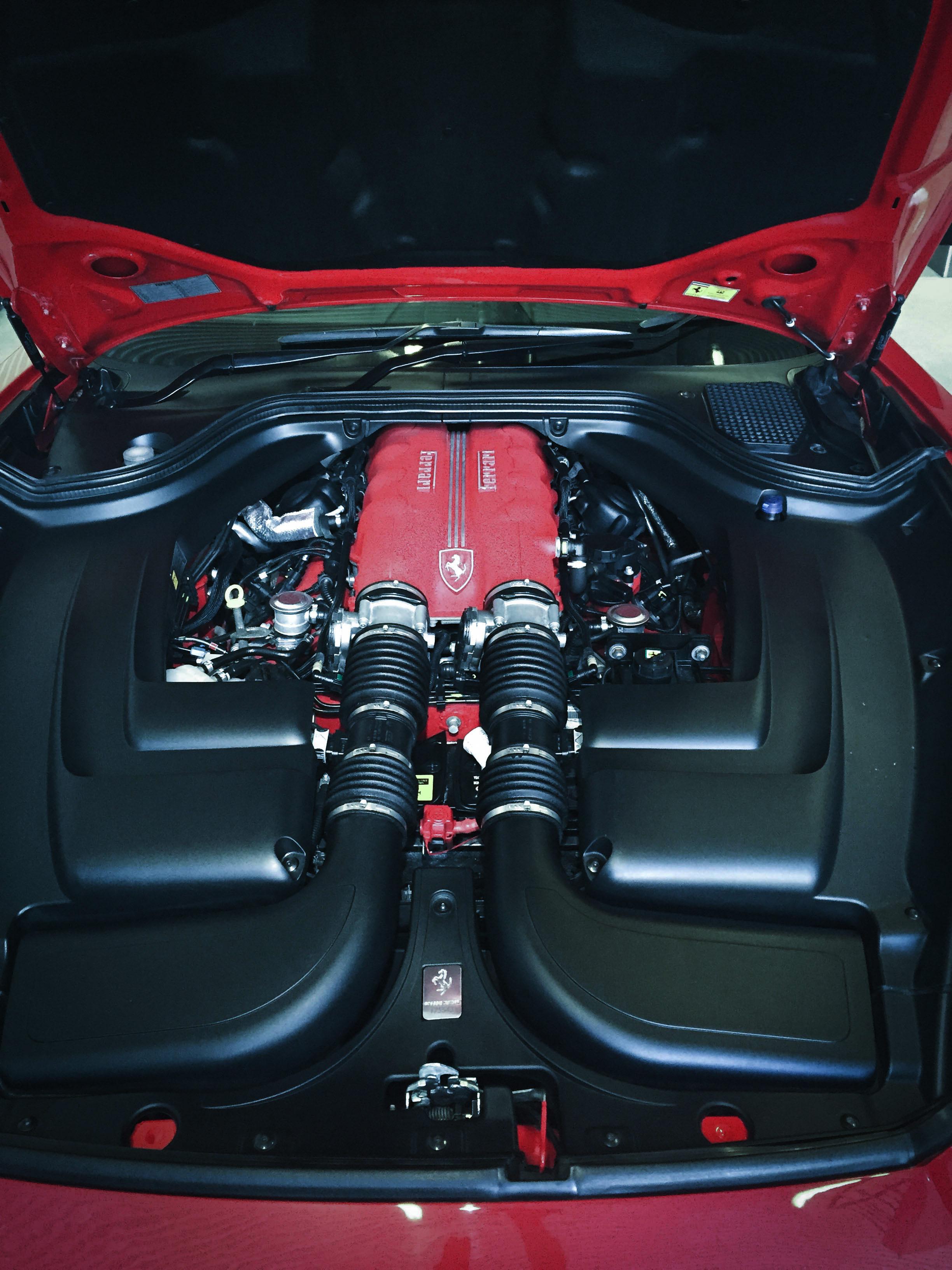 Ferrari California – Engine