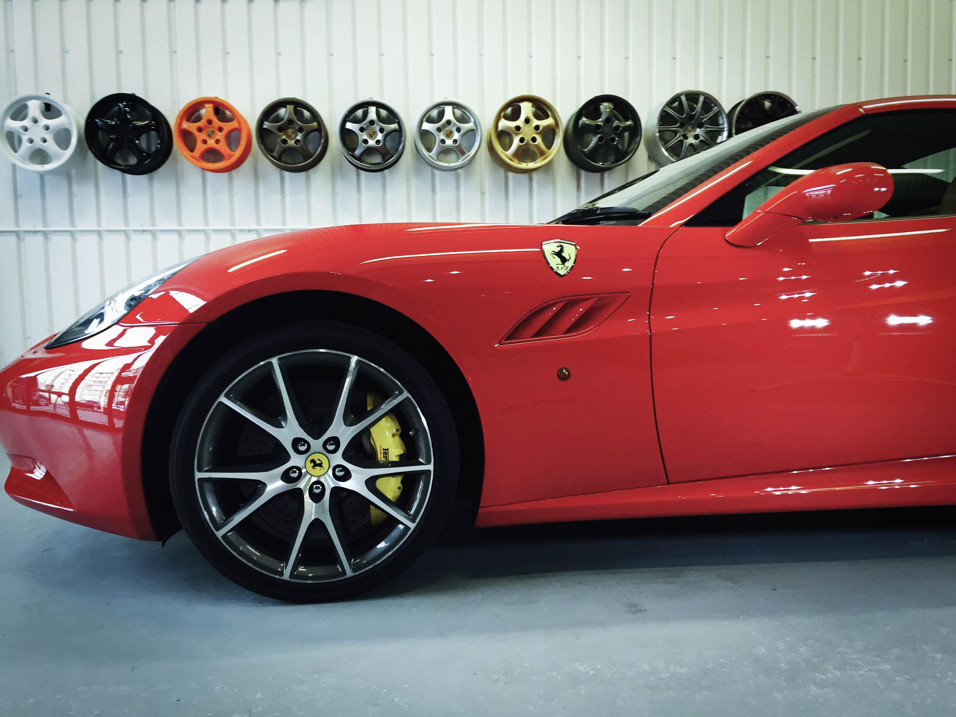 Ferrari California– Side detail