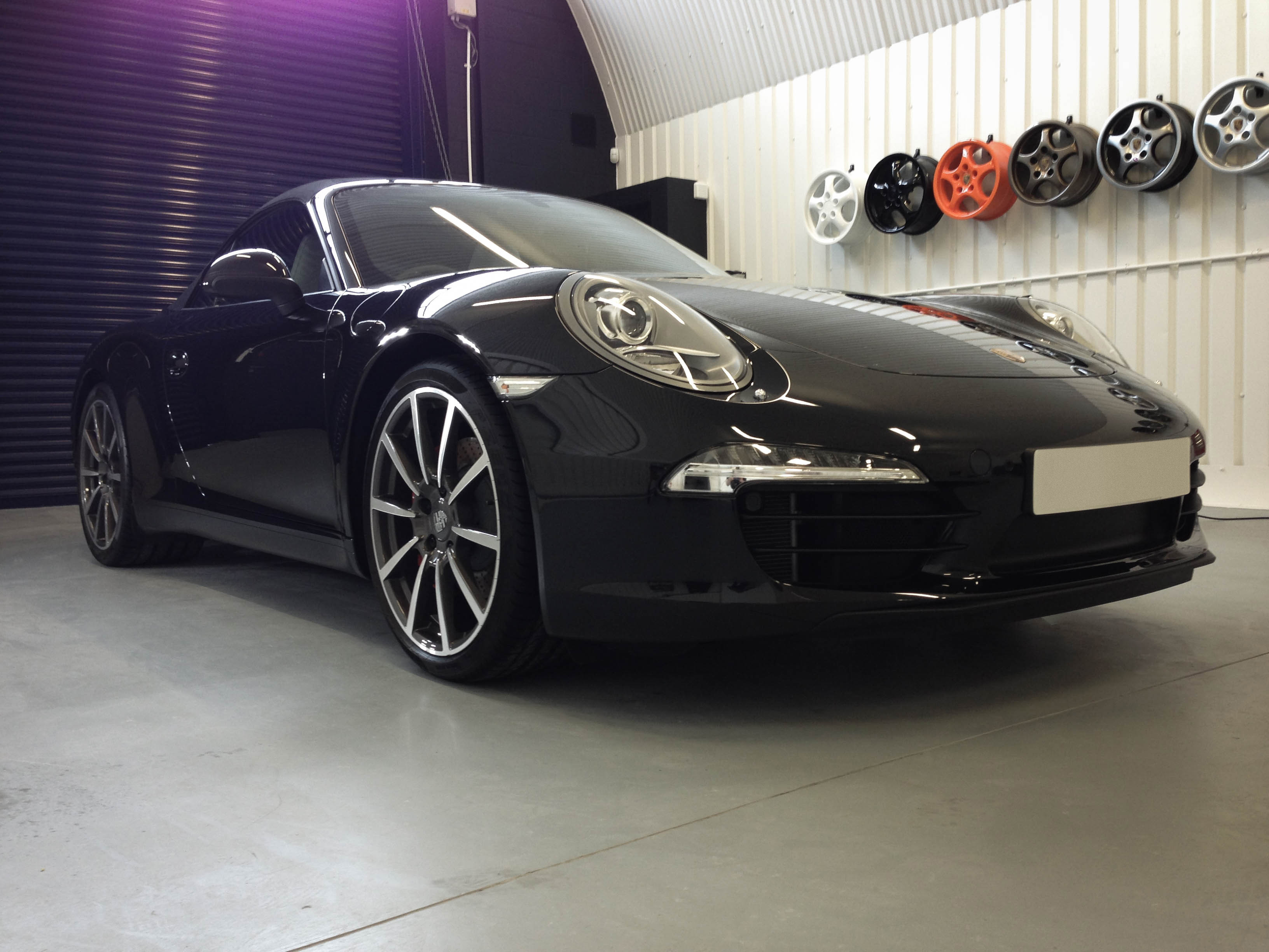 Porsche 911 4S – Front 2
