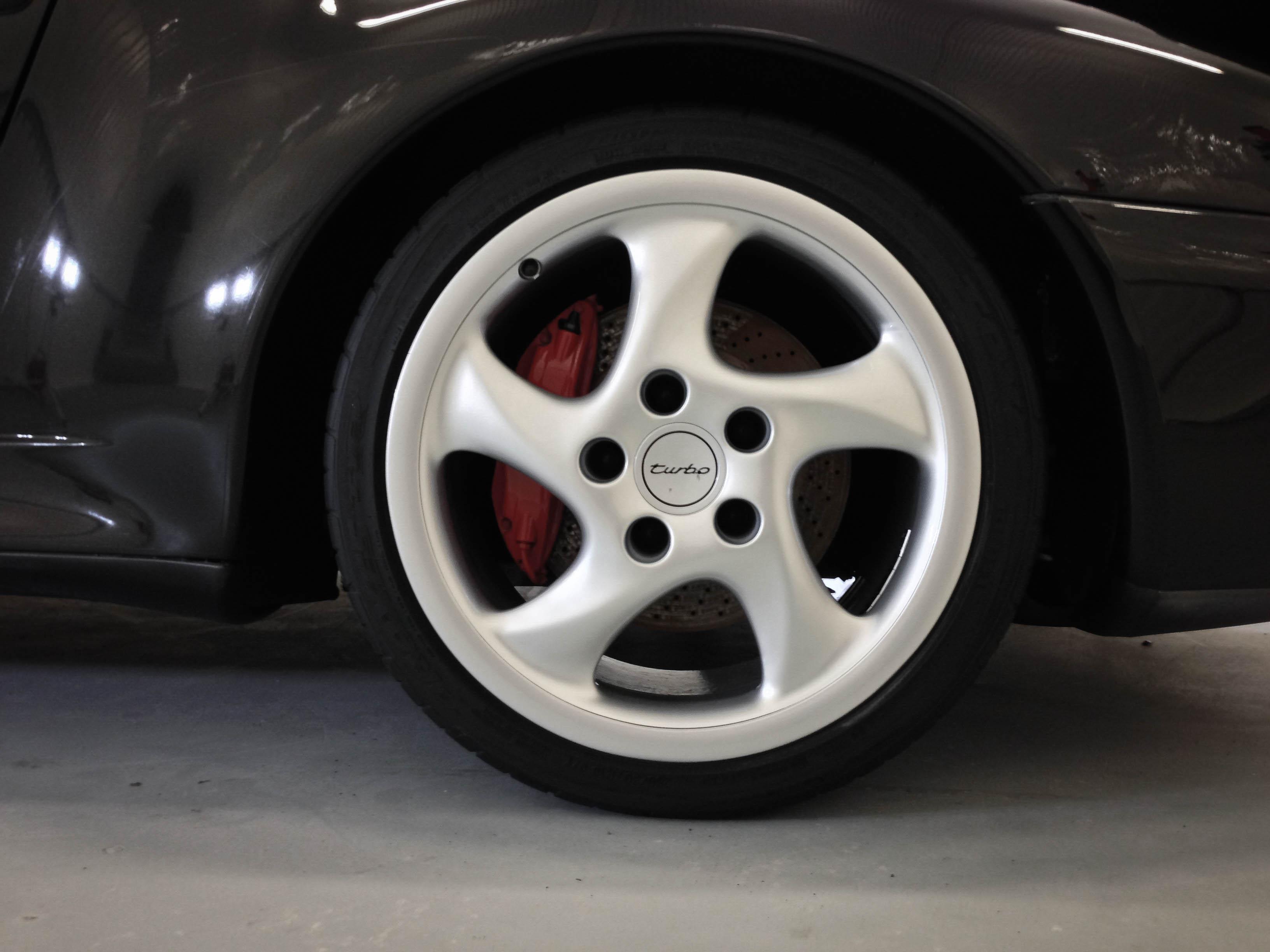 Porsche 911 Turbo –Front Wheel