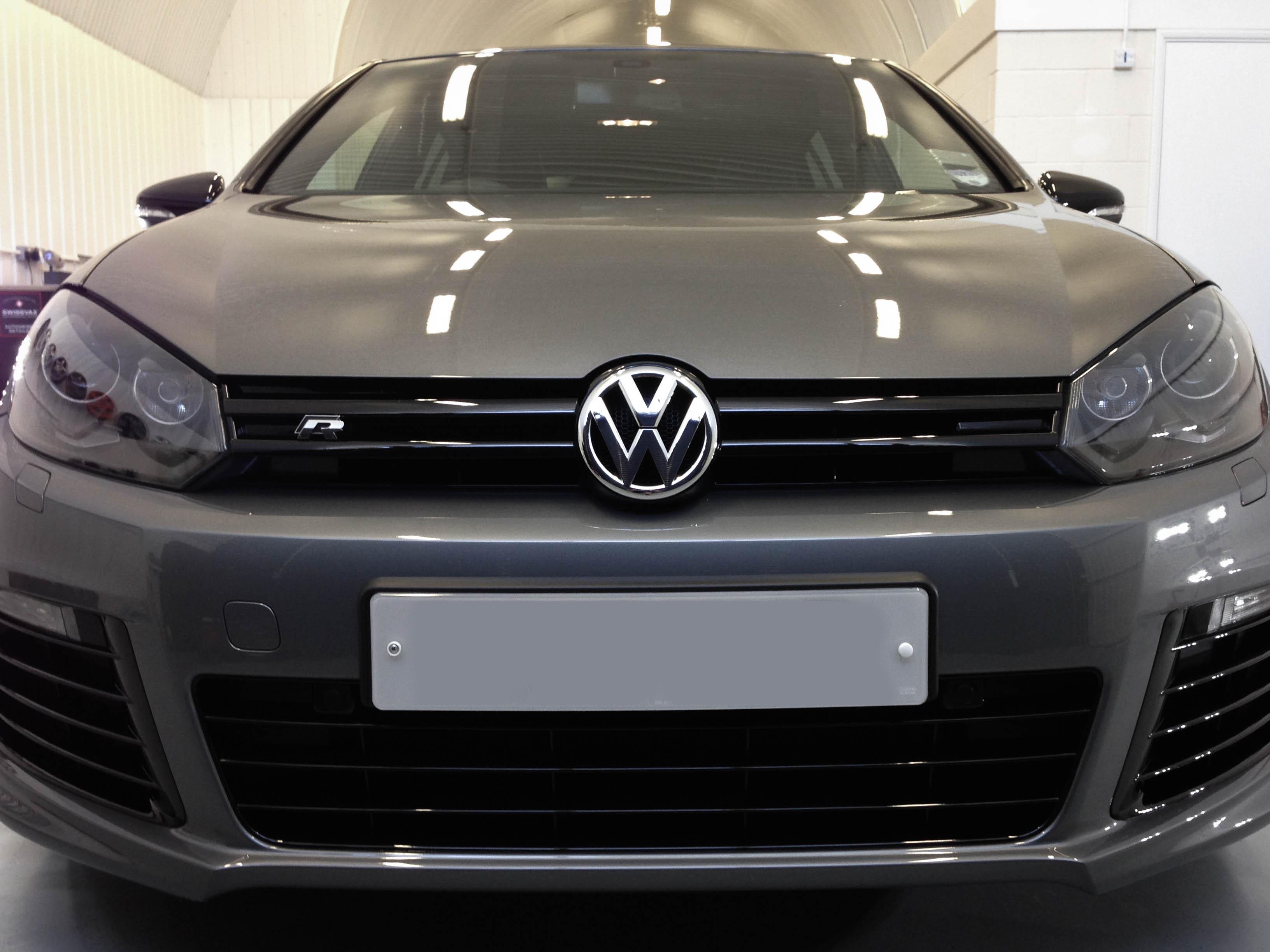 VW-Golf-R-head