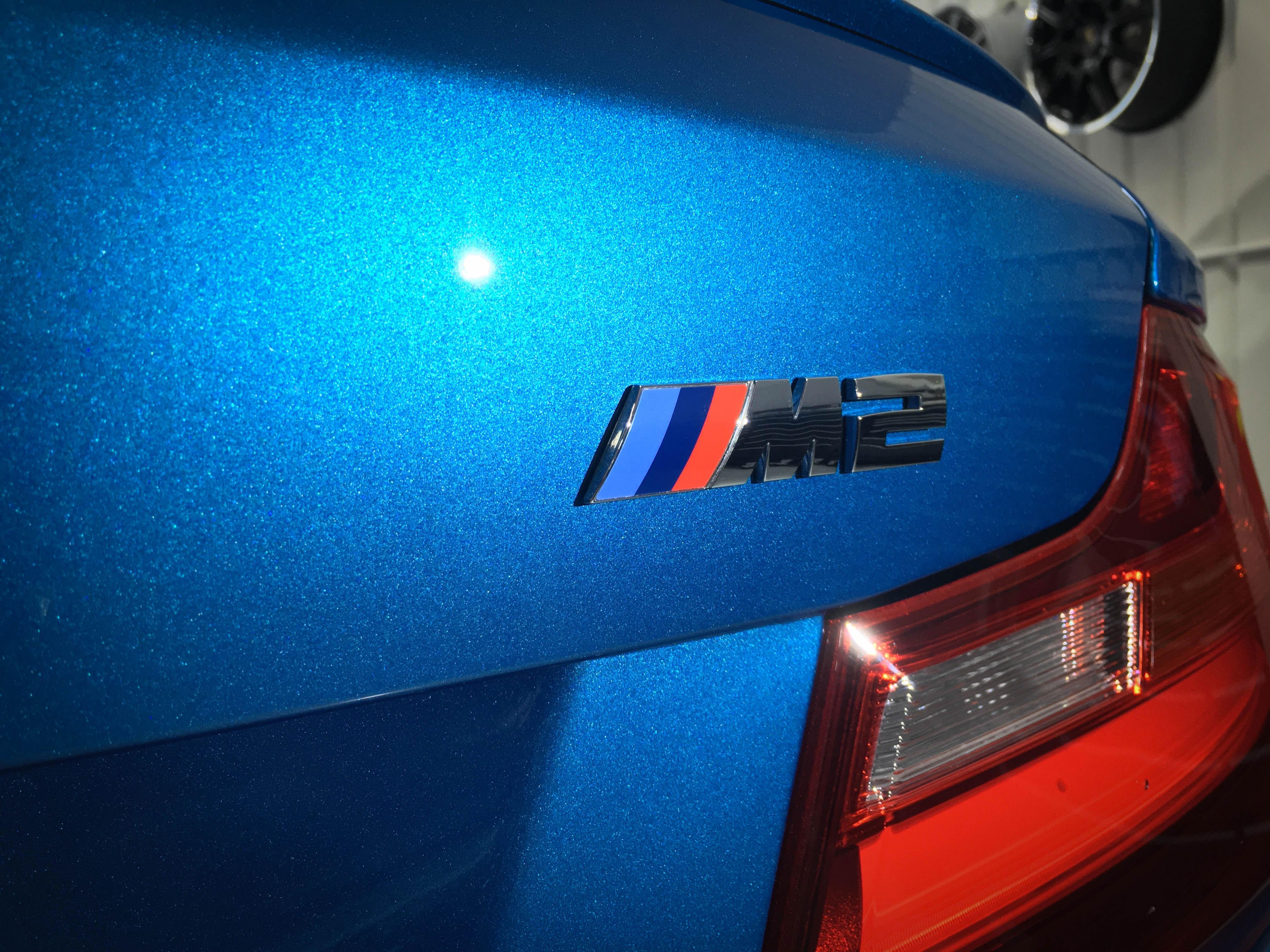 BMW-M2-badge-detail