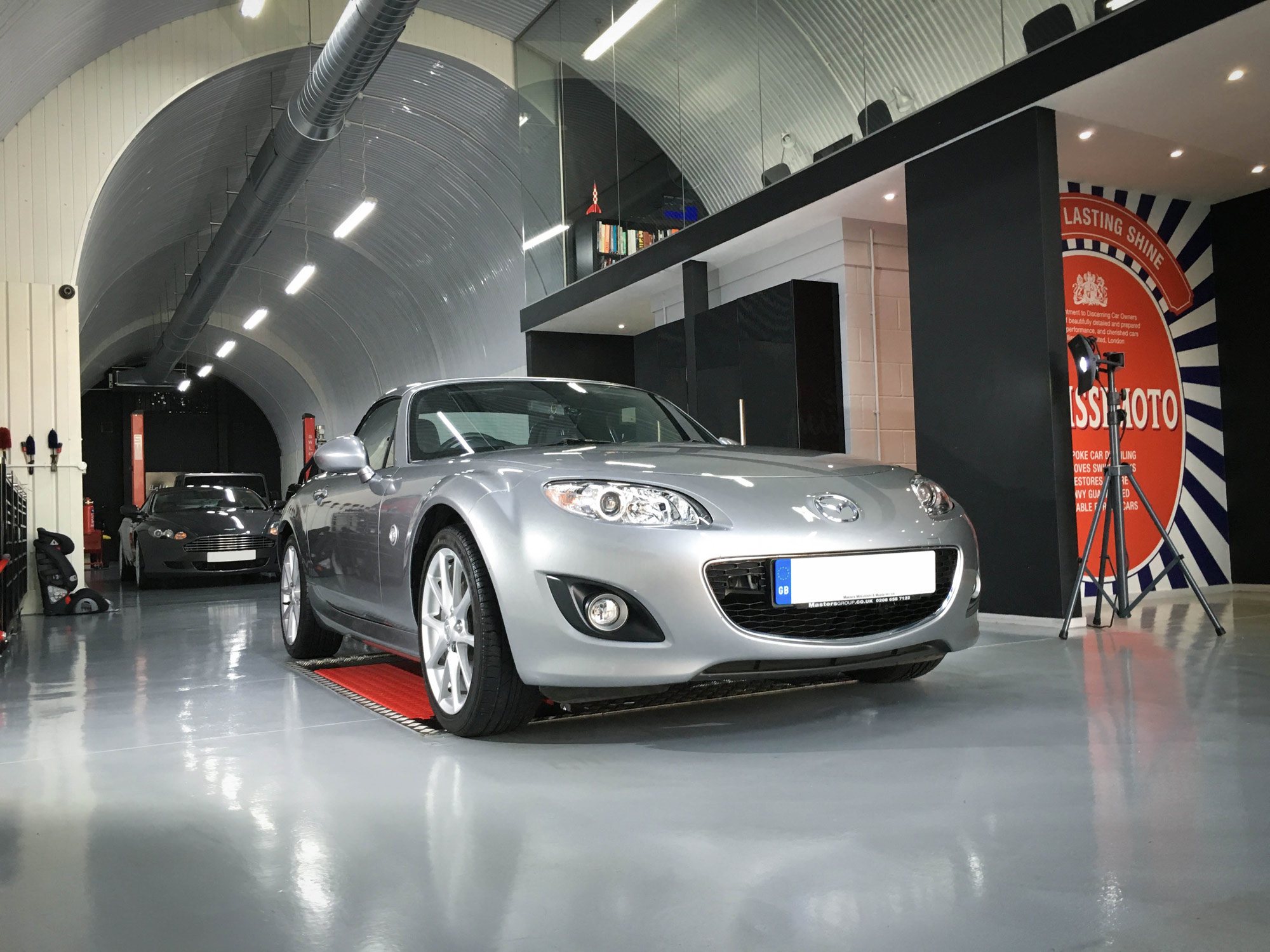 Mazda-mx5-front-drivers-side