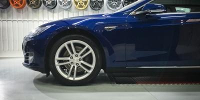 Tesla_Model_S-alloys